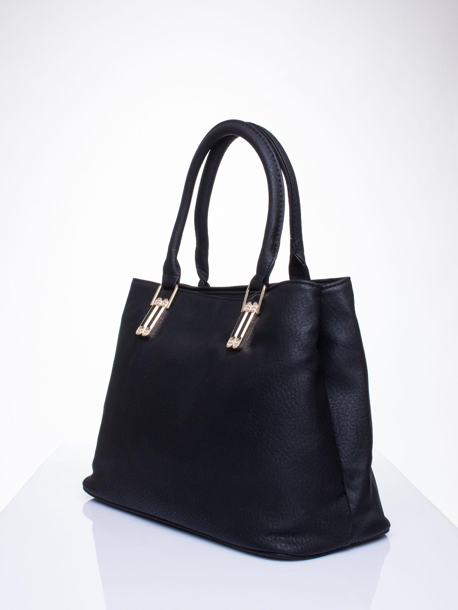 Czarna torebka ze złotymi okuciami z kryształkami                                  zdj.                                  2