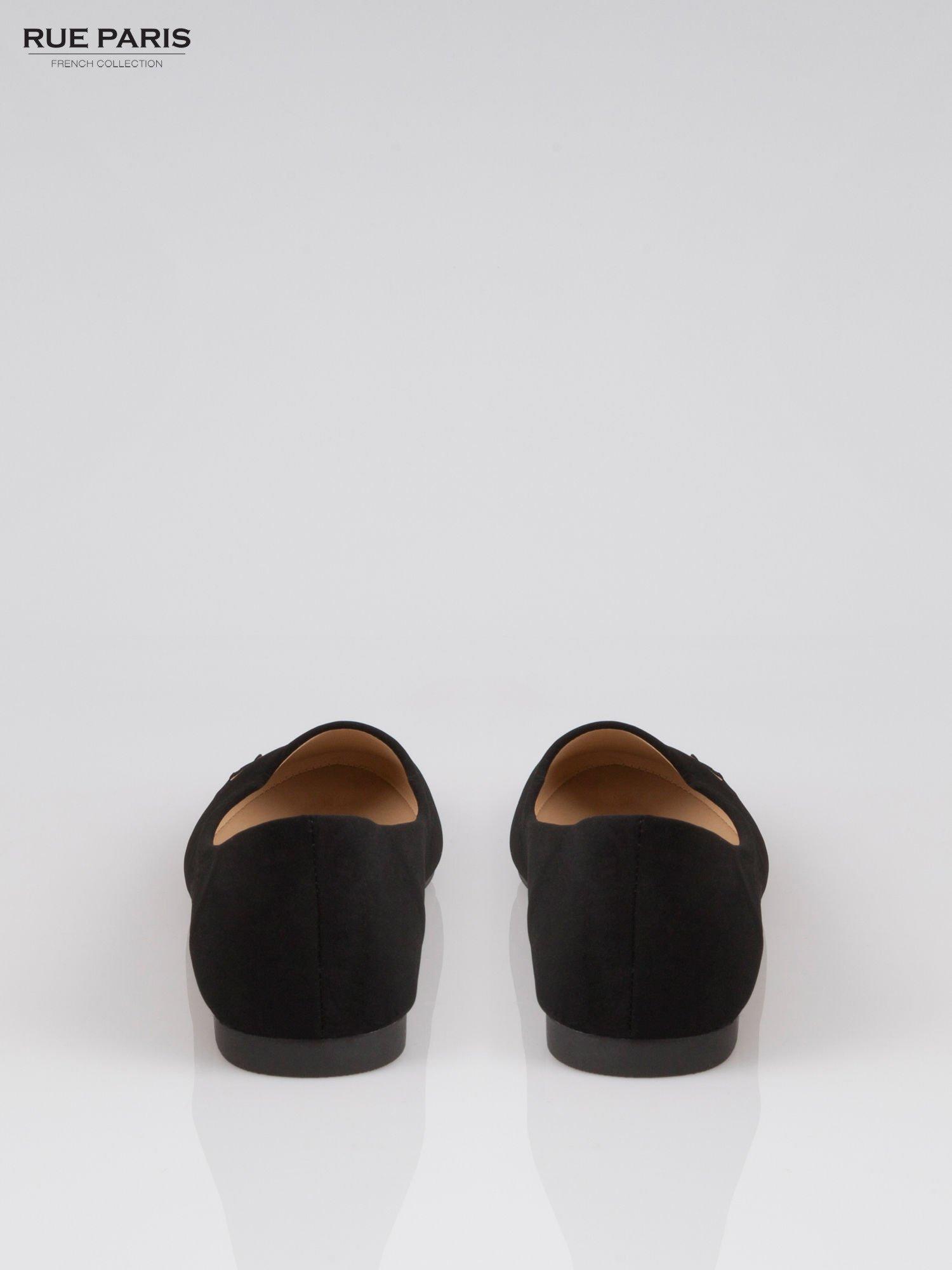 Czarne baleriny faux leather Honey ze złotym logo                                  zdj.                                  3