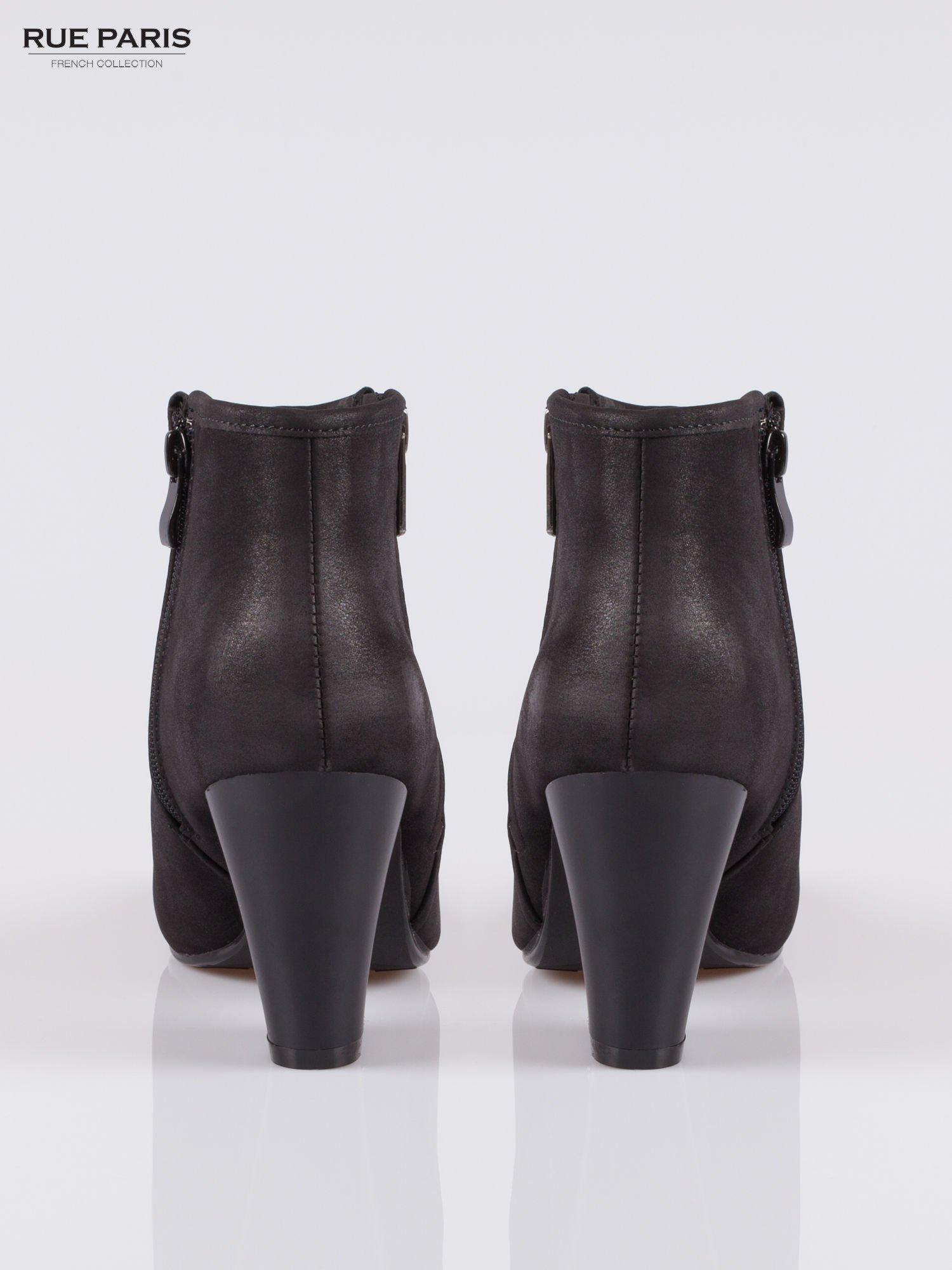 Czarne botki ankle heels na słupku z zamkami po obu stronach                                  zdj.                                  3