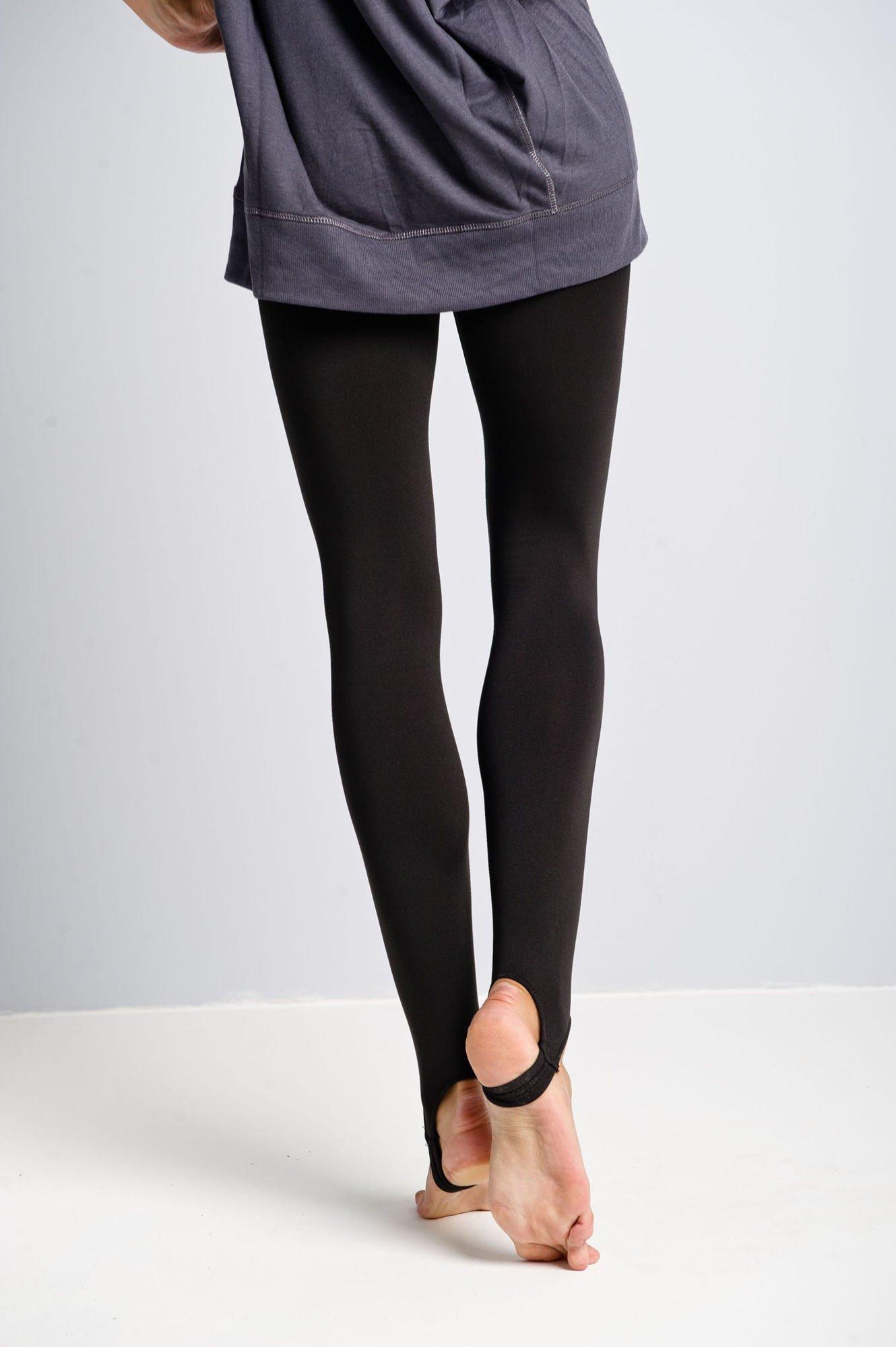 Czarne legginsy zakładane na stopę                                  zdj.                                  2