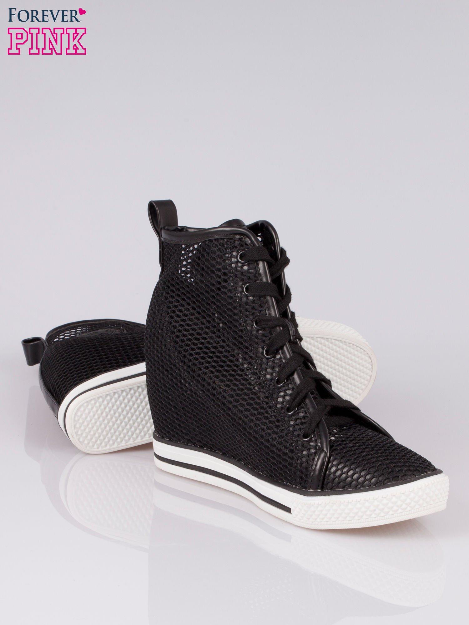 Czarne siateczkowe sneakersy damskie                                  zdj.                                  4