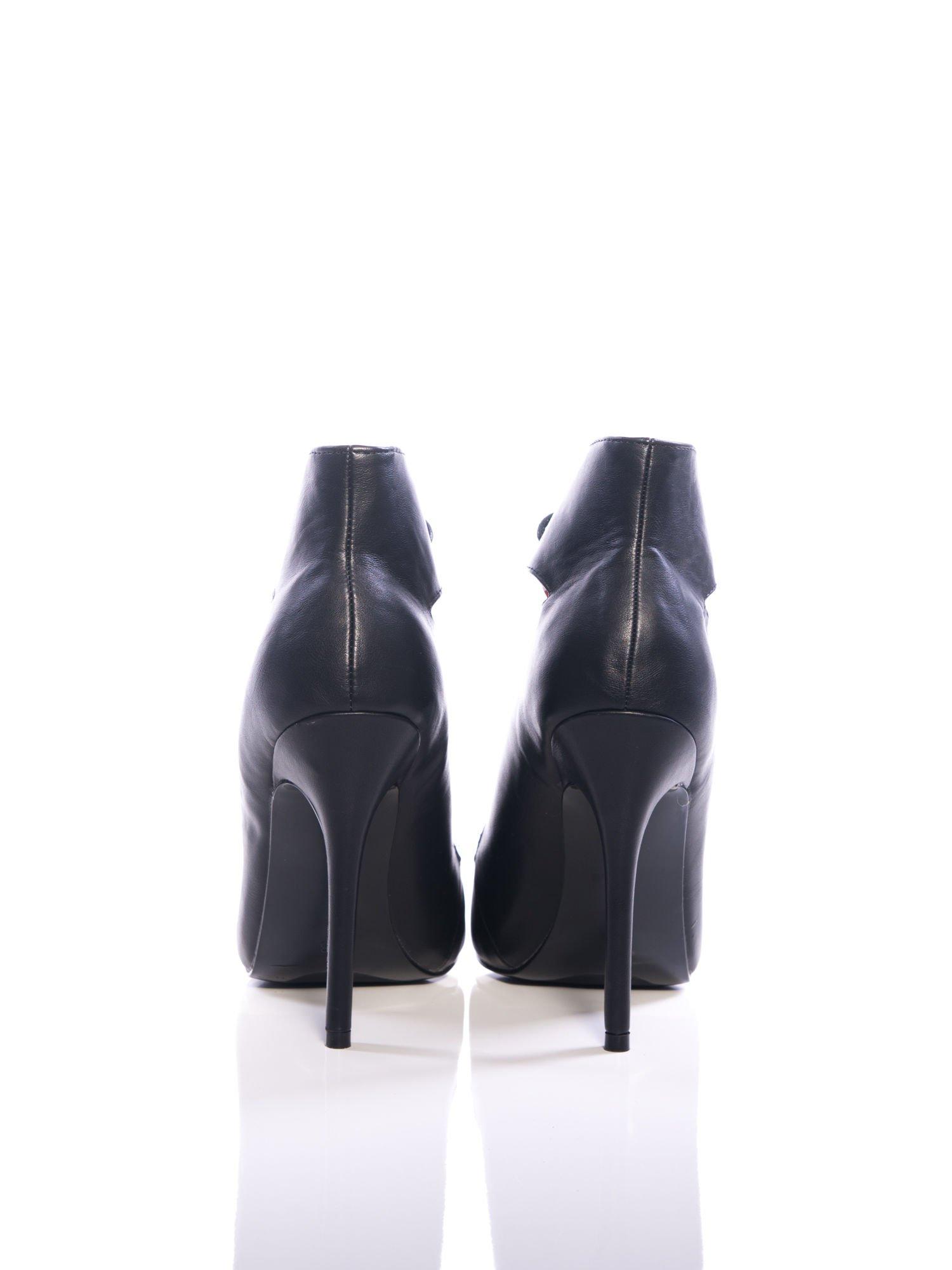 Czarne skórzane sznurowane botki faux leather Isoldecut out lace up                                  zdj.                                  3