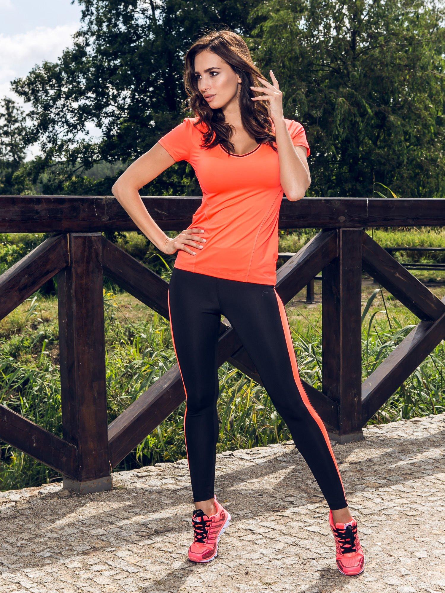 Czarne termoaktywne legginsy do biegania z fluoróżowymi lampasami ♦ Performance RUN                                  zdj.                                  10