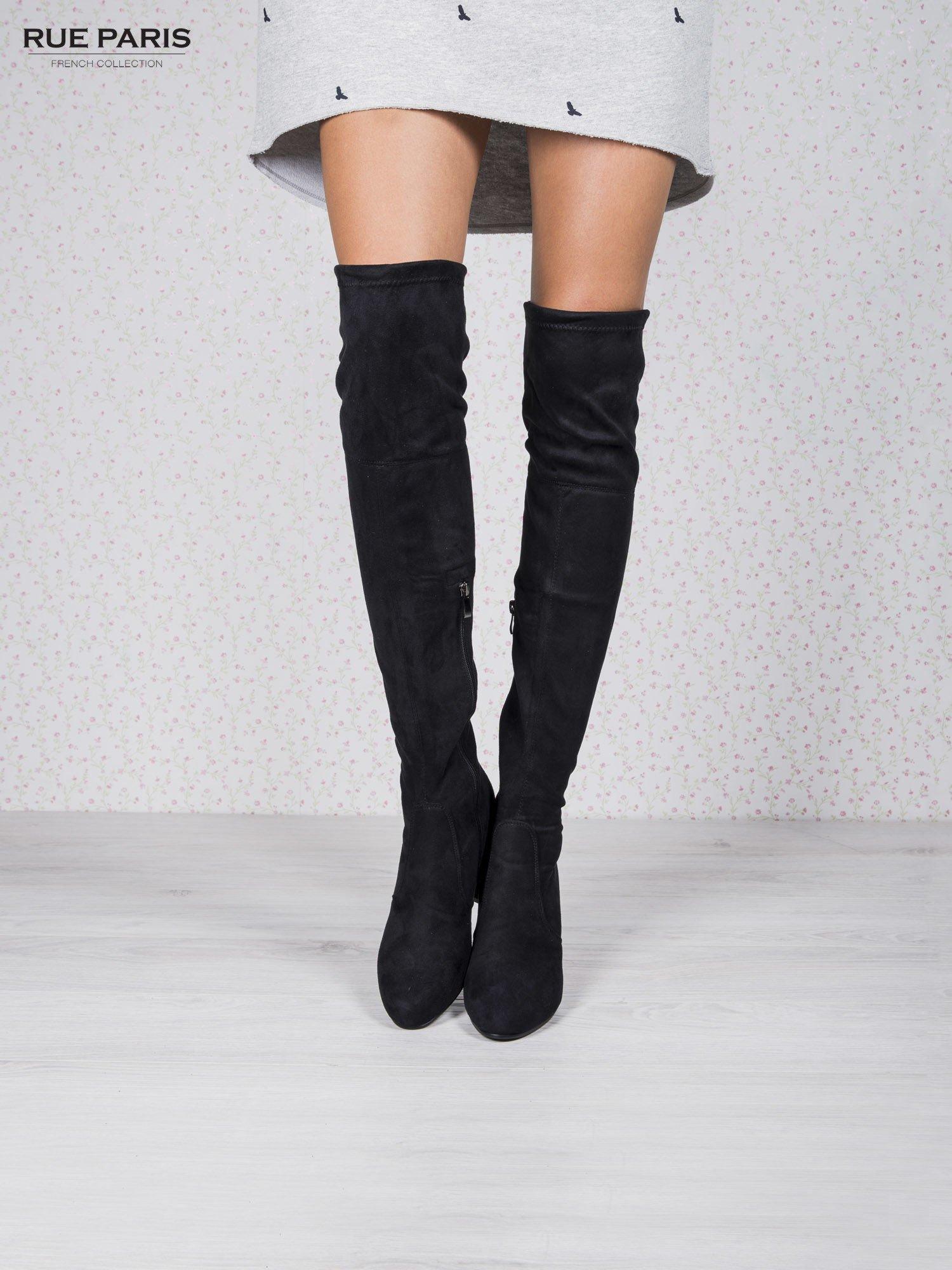 Ulubione Czarne zamszowe kozaki za kolano na grubym obcasie - Buty Kozaki  @UZ-07