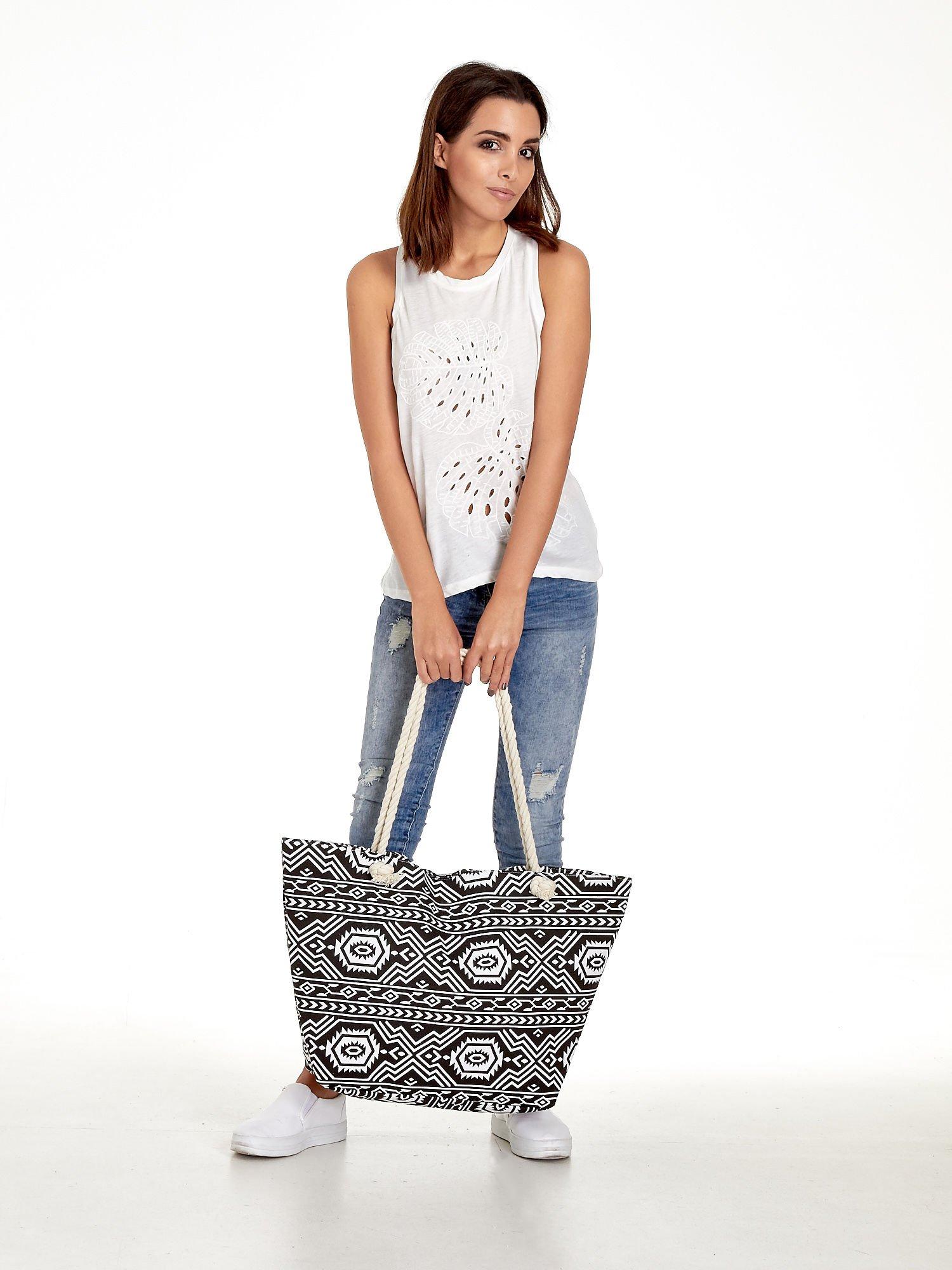 Czarno-biała torba plażowa w azteckie wzory                                  zdj.                                  10