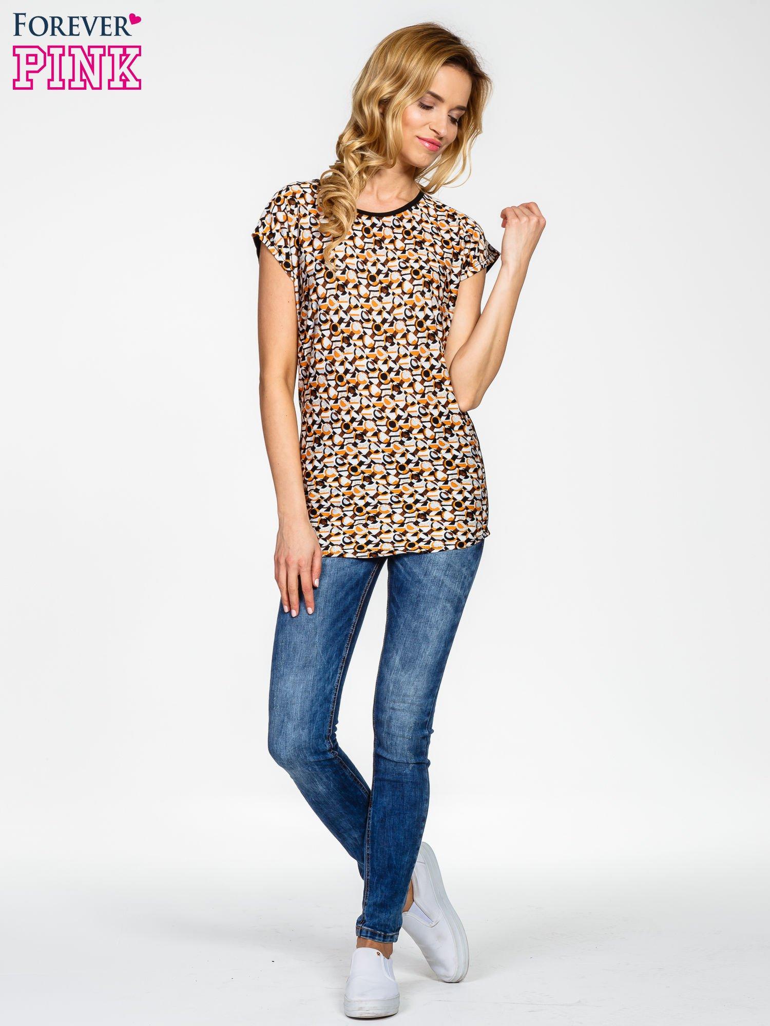 Czarno-biały t-shirt z geometrycznym nadrukiem                                  zdj.                                  8