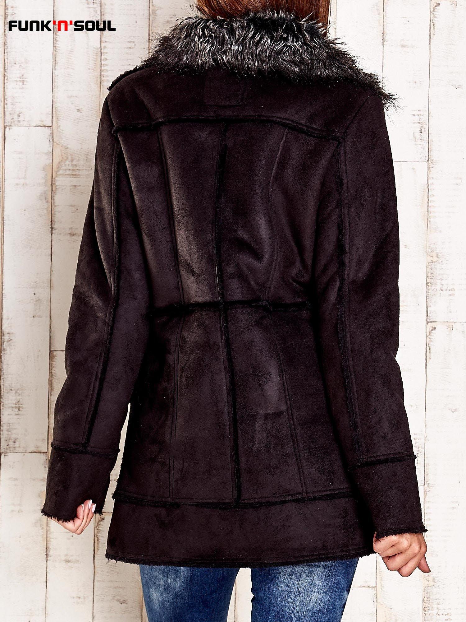 Czarny futrzany płaszcz z włochatym kołnierzem FUNK N SOUL                                  zdj.                                  2