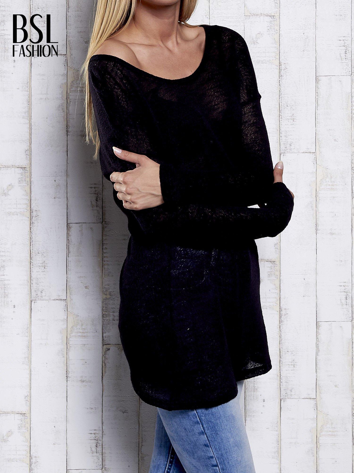 Czarny melanżowy sweter z łezką na plecach                                  zdj.                                  4