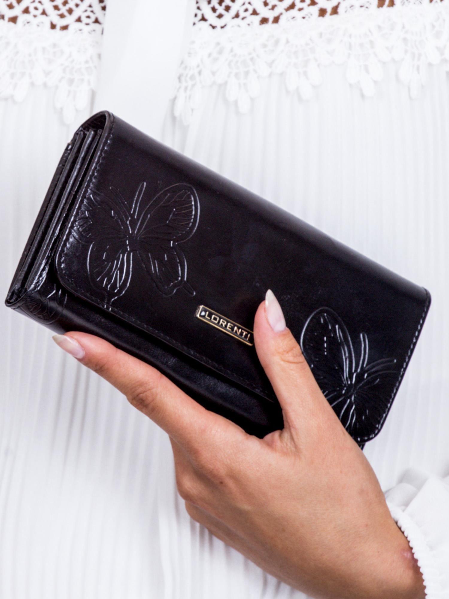 f158eba591e38 Brązowy portfel damski w motyle - Akcesoria portfele - sklep eButik.pl