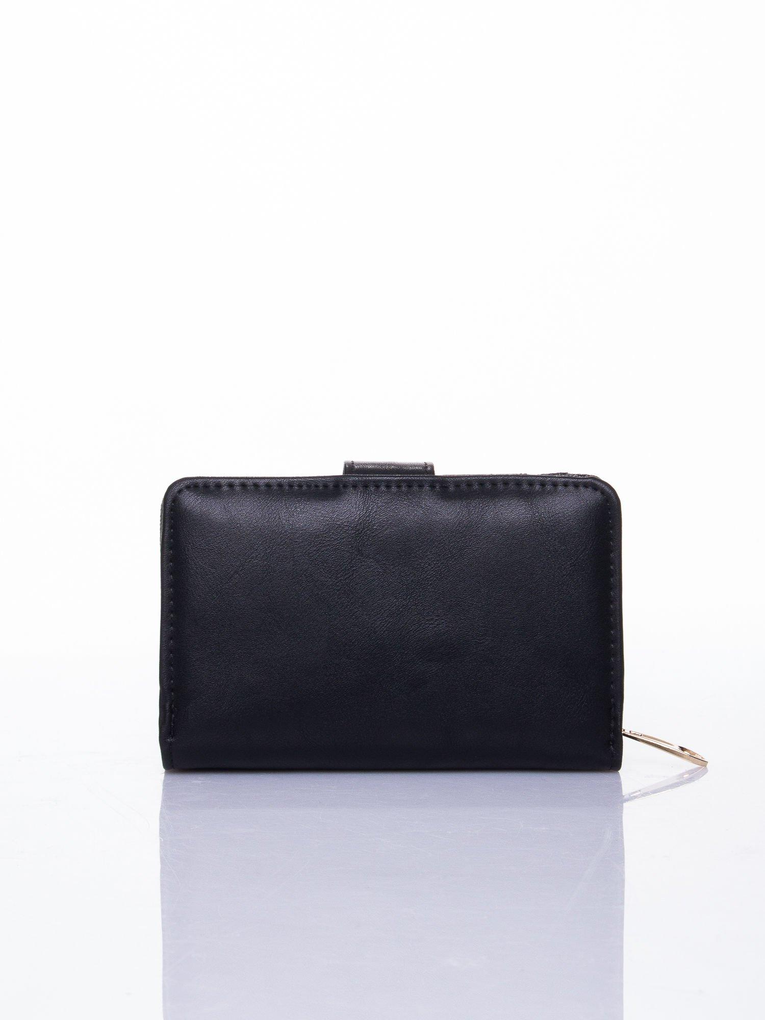 Czarny portfel z zatrzaskiem                                  zdj.                                  2