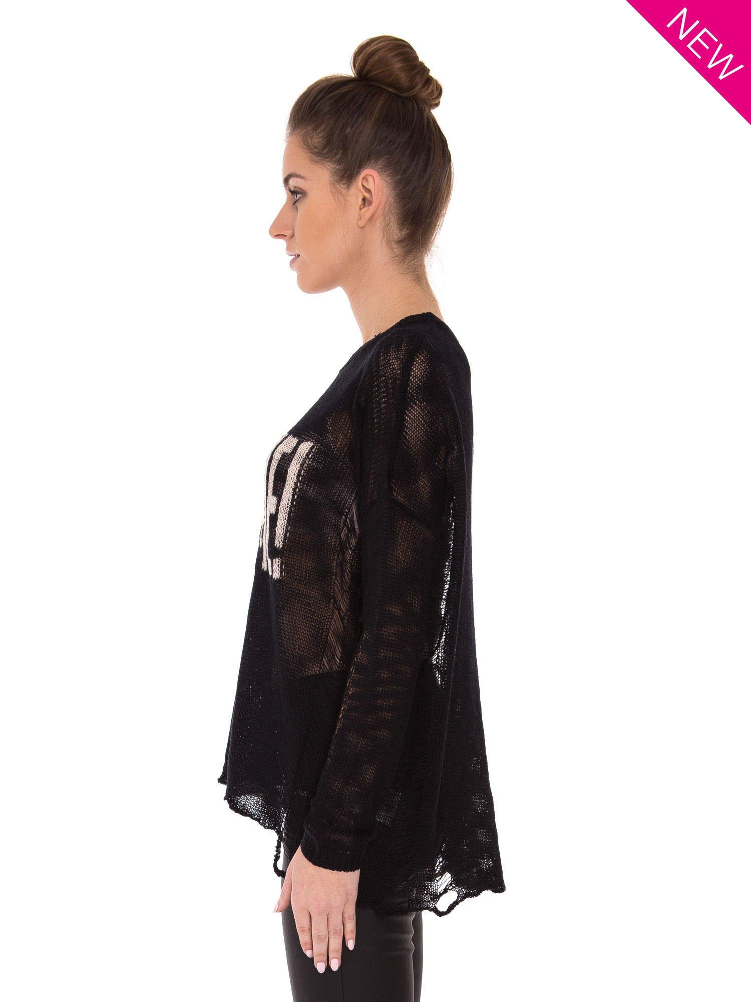 Czarny sweter z nadrukiem i efektem destroyed                                   zdj.                                  4
