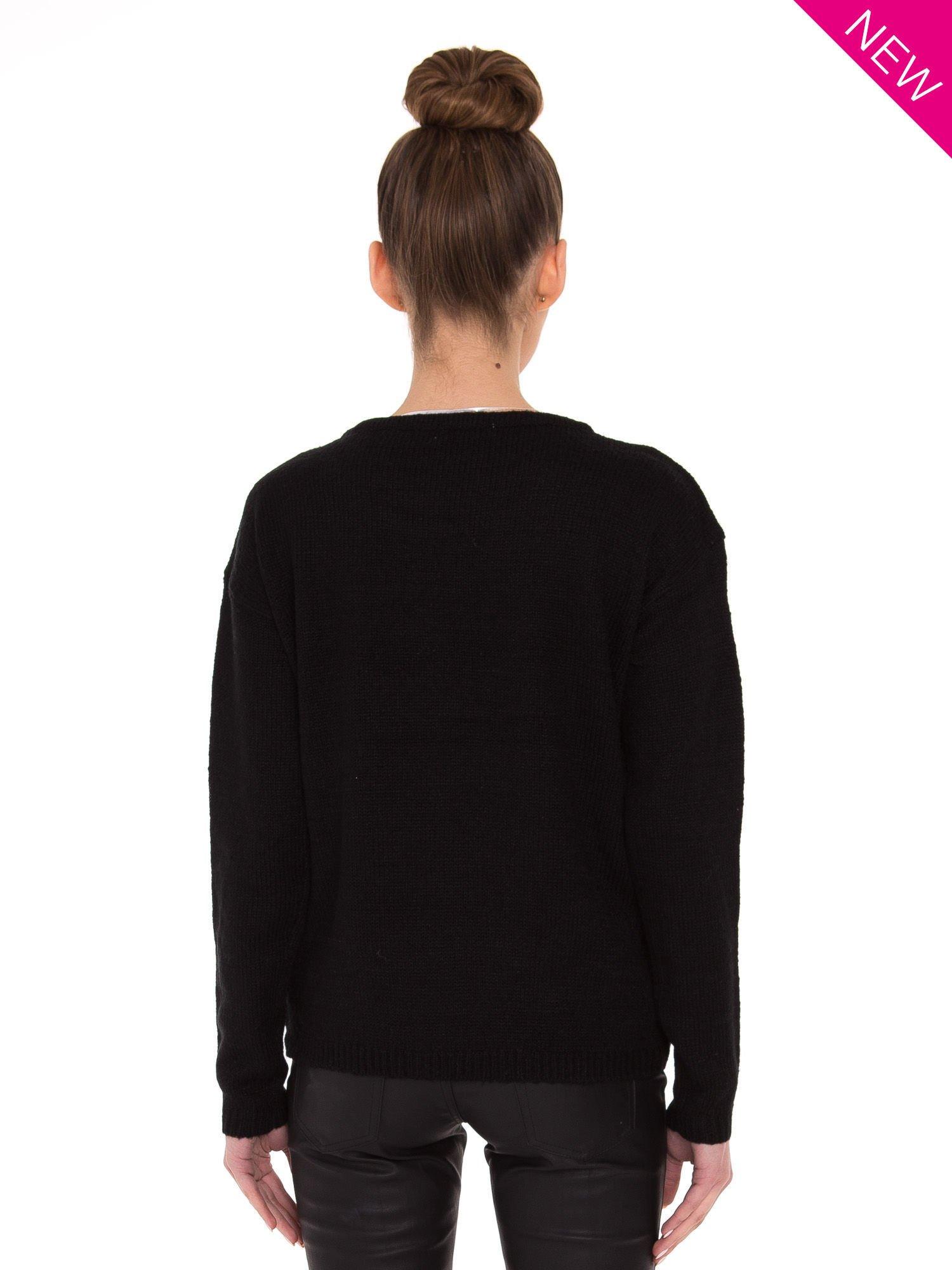 Czarny sweter z sercem i napisem YOU                                  zdj.                                  3