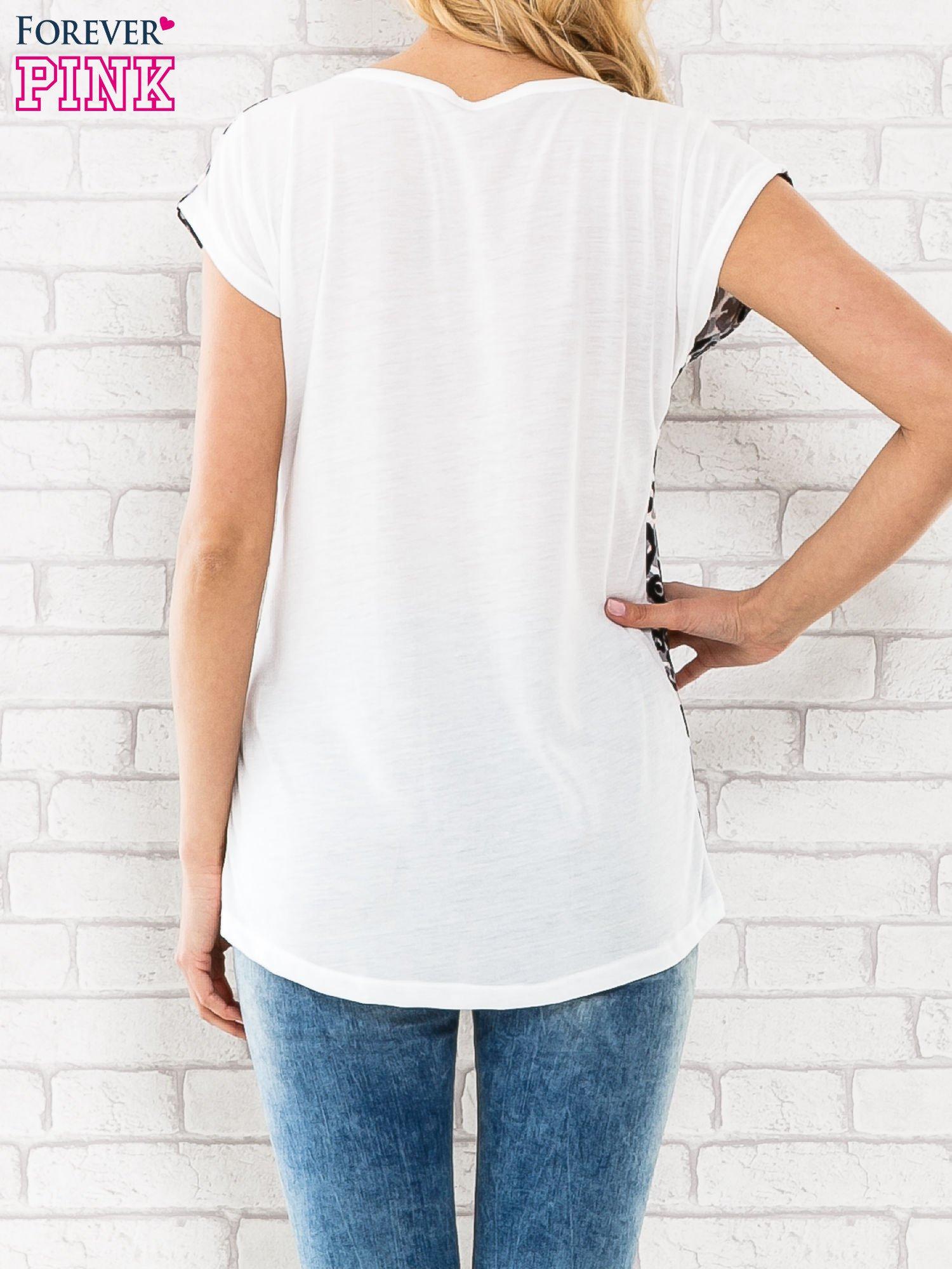 Czarny t-shirt w motyw pantery                                  zdj.                                  2