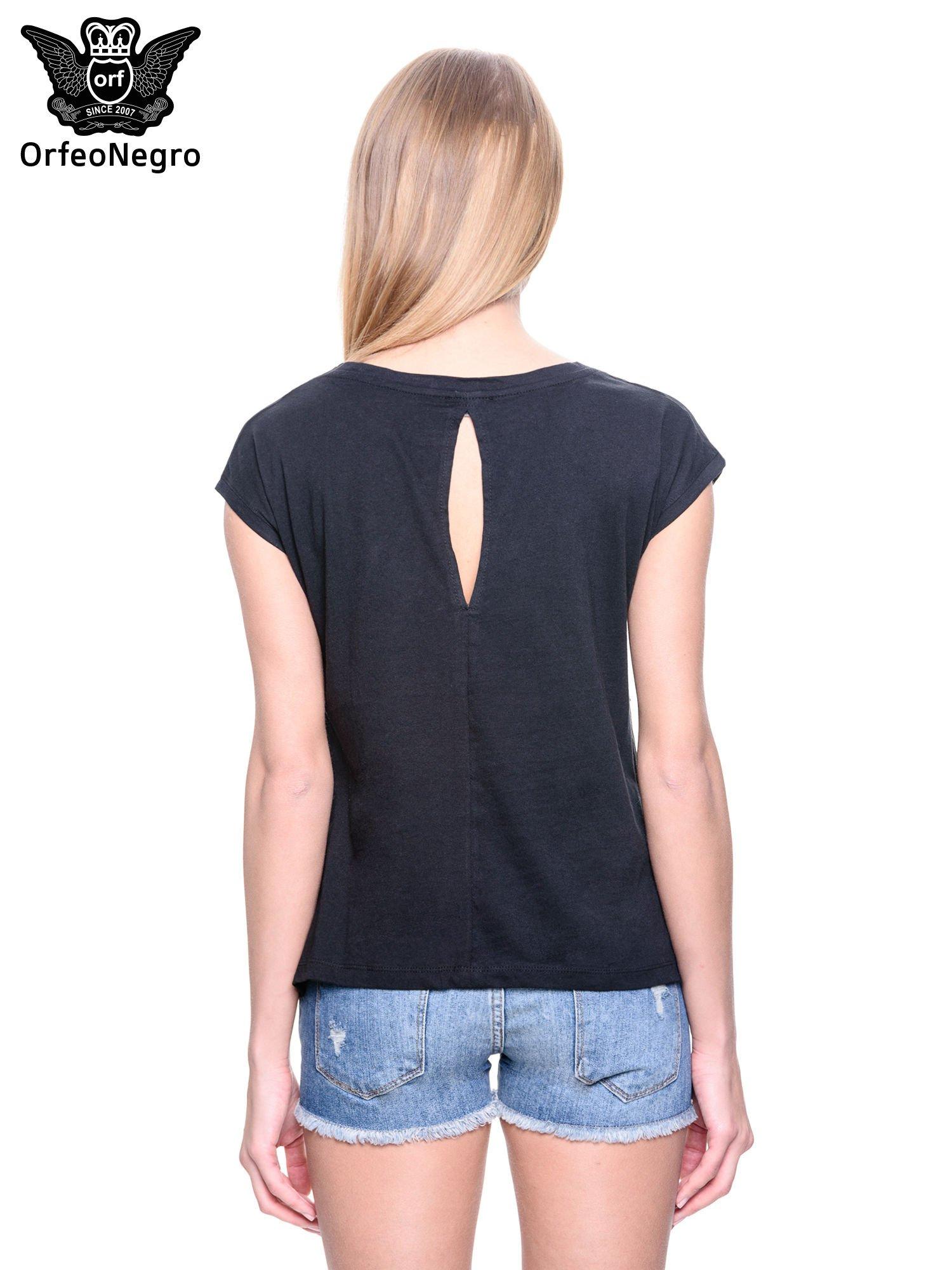 Czarny t-shirt z dżetami                                  zdj.                                  4