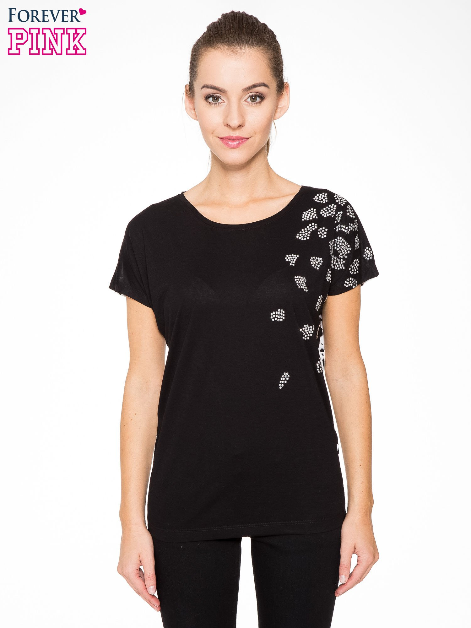 Czarny t-shirt z dżetami i tyłem w cętki                                  zdj.                                  1