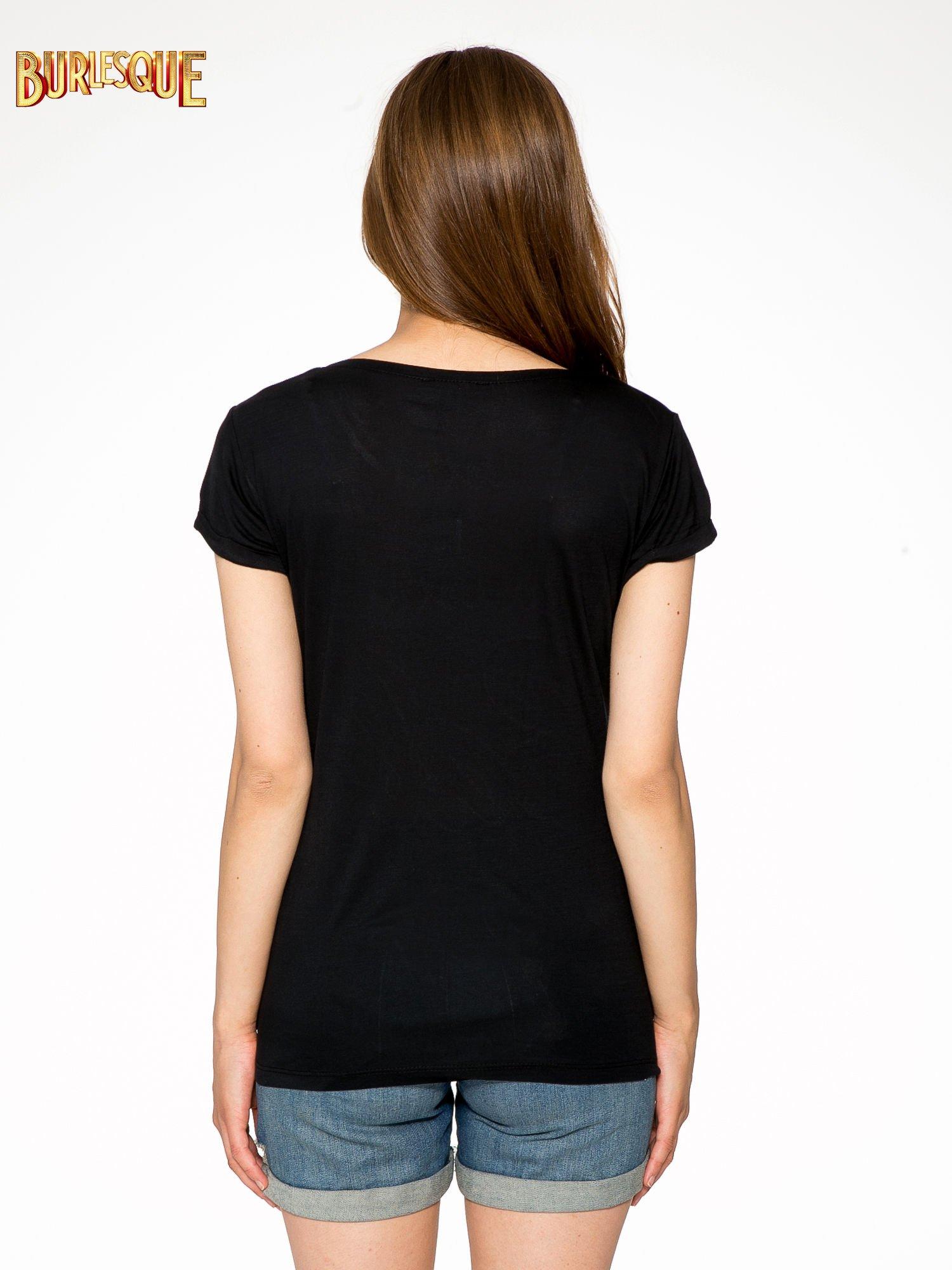 Czarny t-shirt z kolorowym nadrukiem I'M NOT YOUR BABE                                  zdj.                                  4