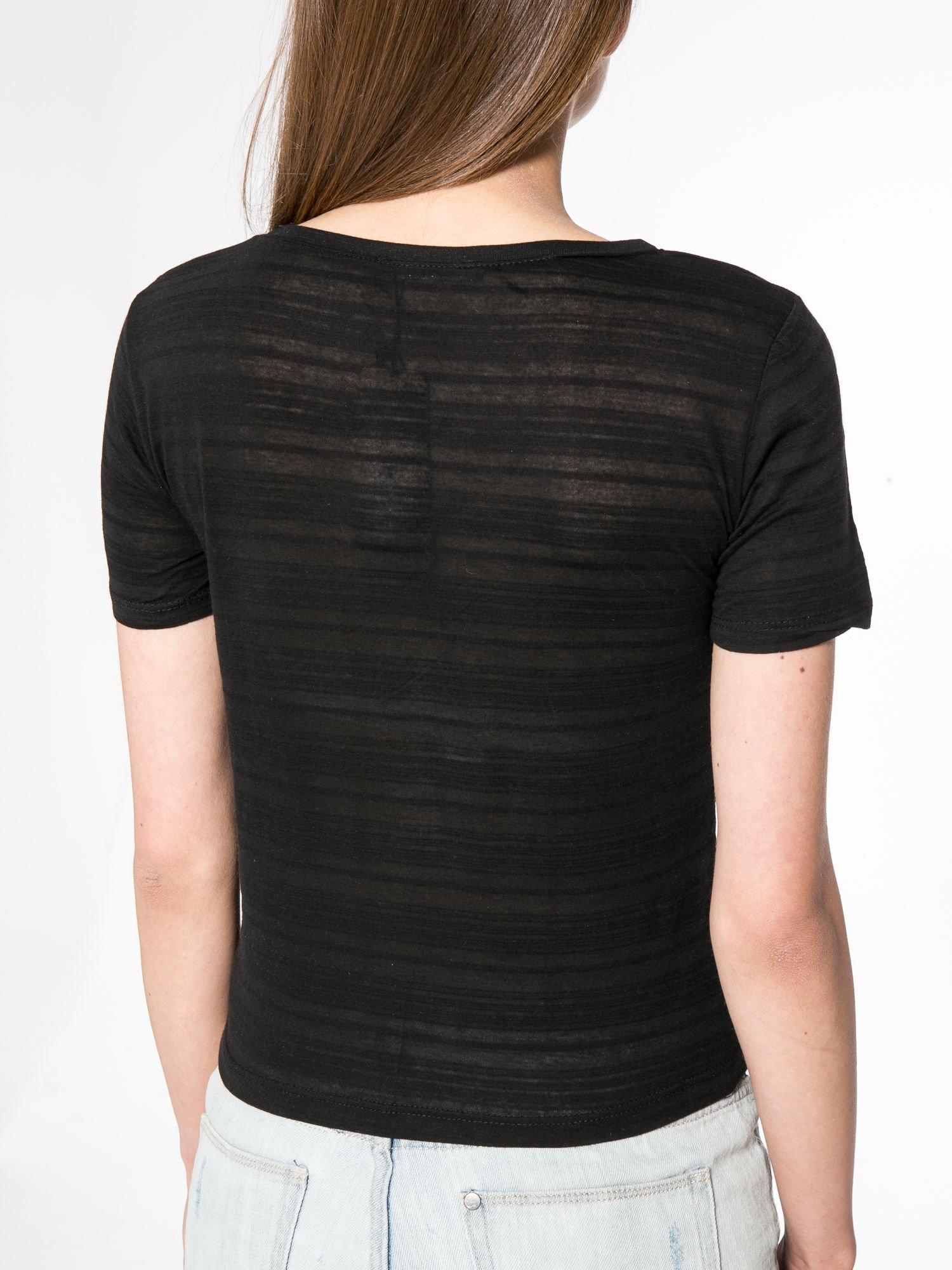 Czarny t-shirt z nadrukiem korony                                  zdj.                                  8