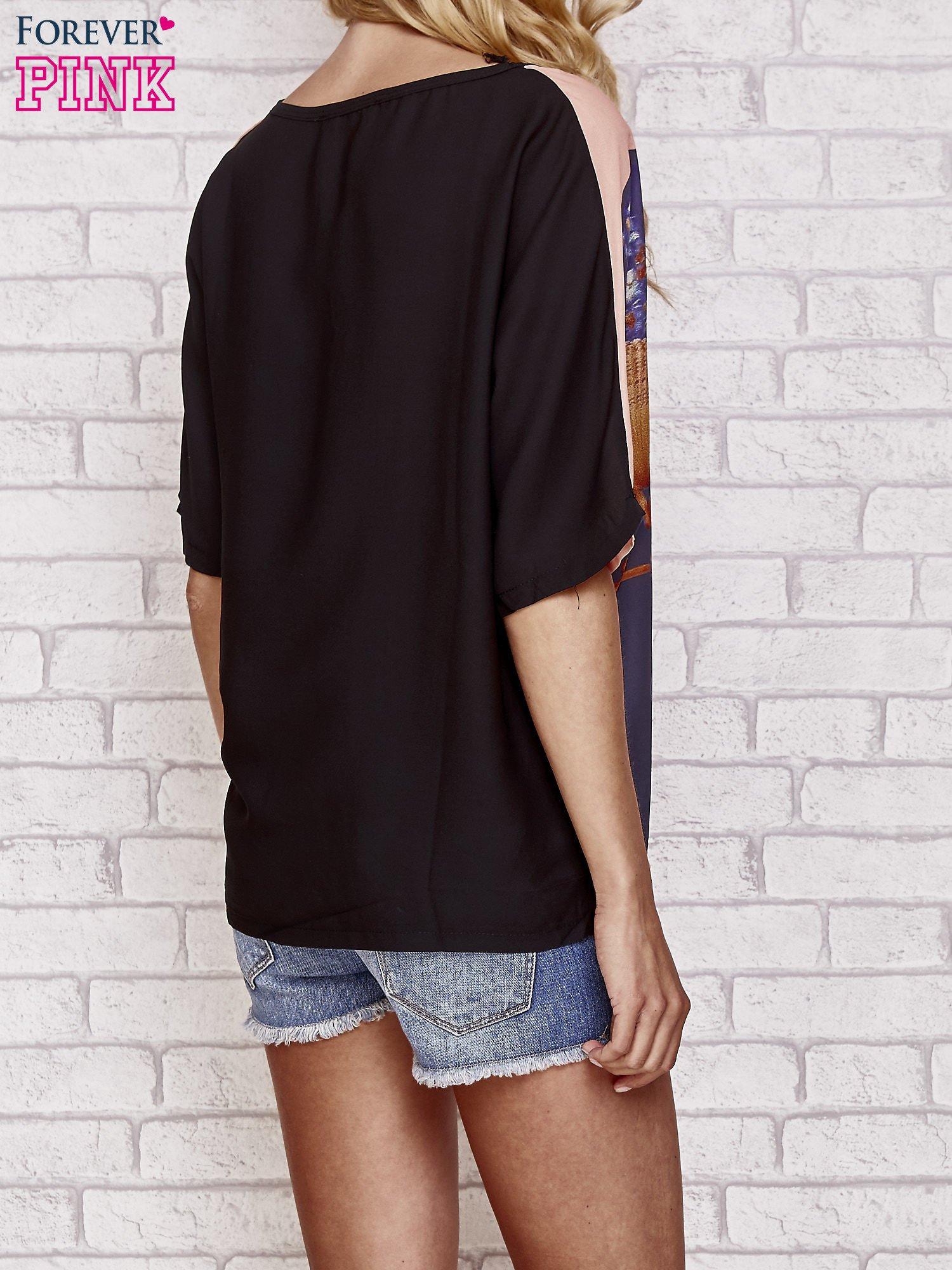 Czarny t-shirt z nadrukiem orientalnym                                  zdj.                                  2