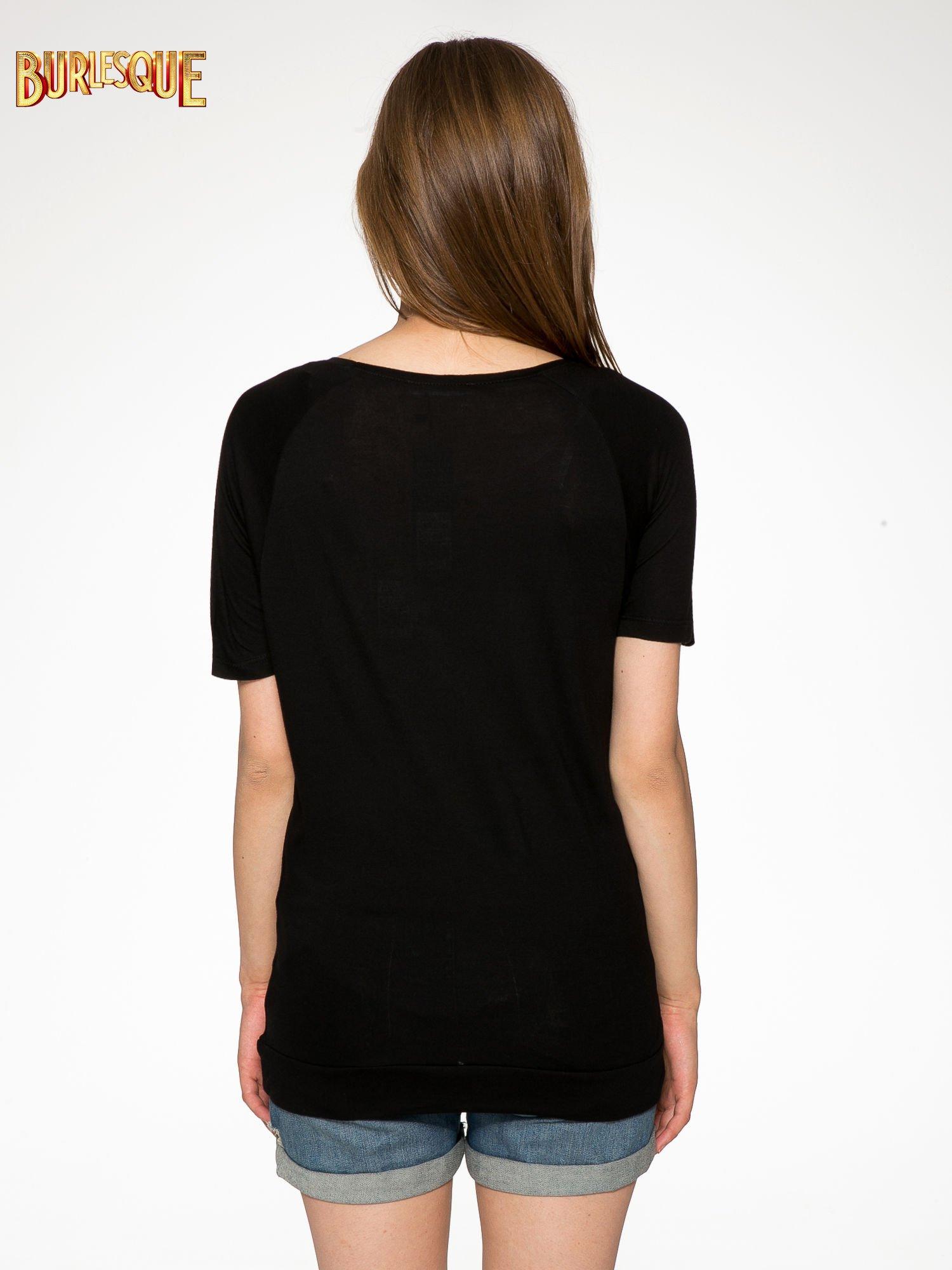 Czarny t-shirt z napisem DÉSIRÉ z dżetami                                  zdj.                                  4