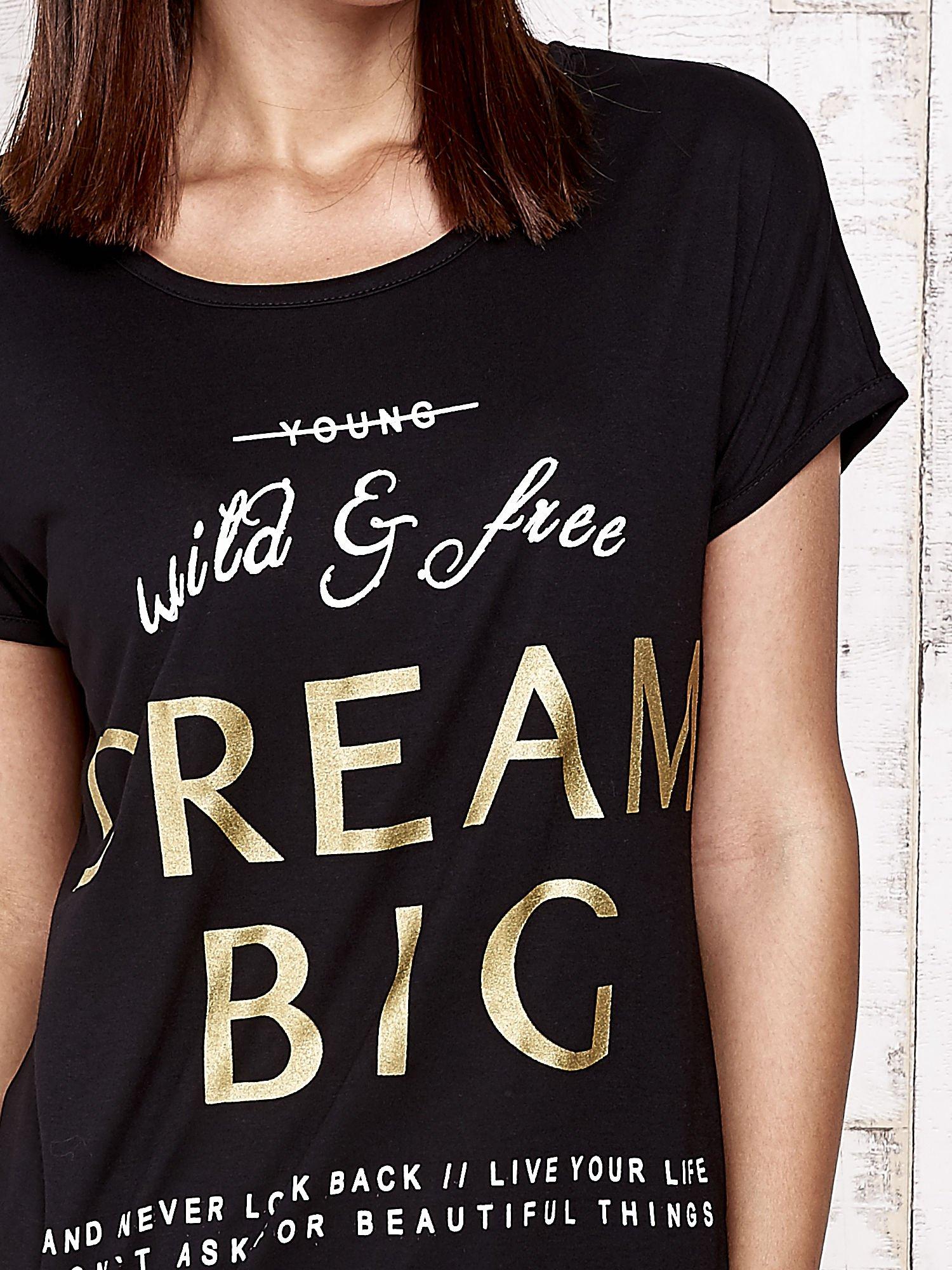 Czarny t-shirt z napisem DREAM BIG                                  zdj.                                  5