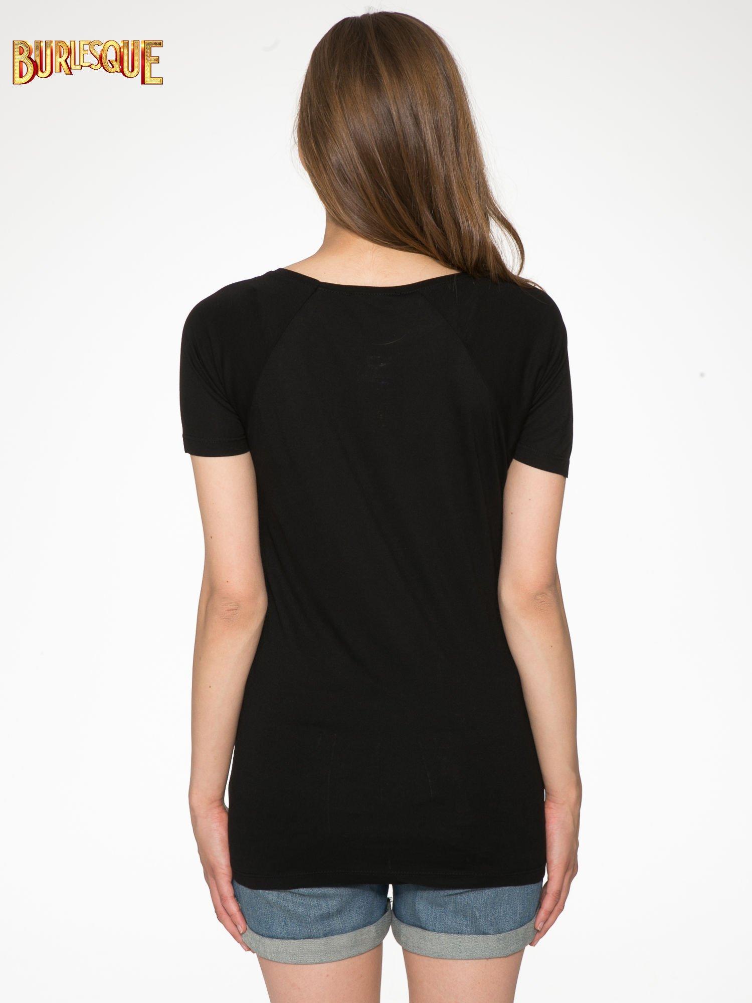 Czarny t-shirt z napisem GET OUT OF YOUR OWN WAY                                  zdj.                                  8