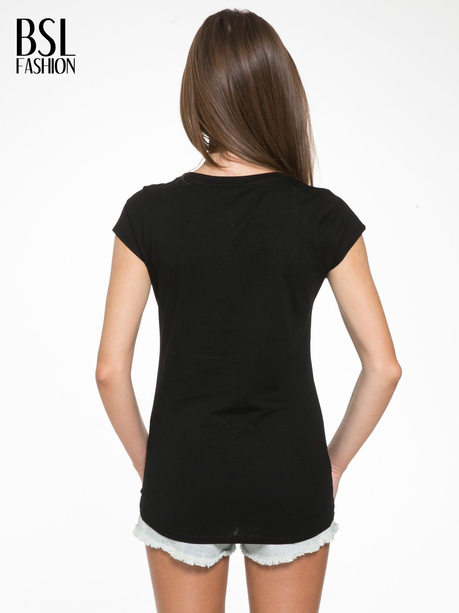 Czarny t-shirt z napisem HATERS PARIS                                  zdj.                                  4