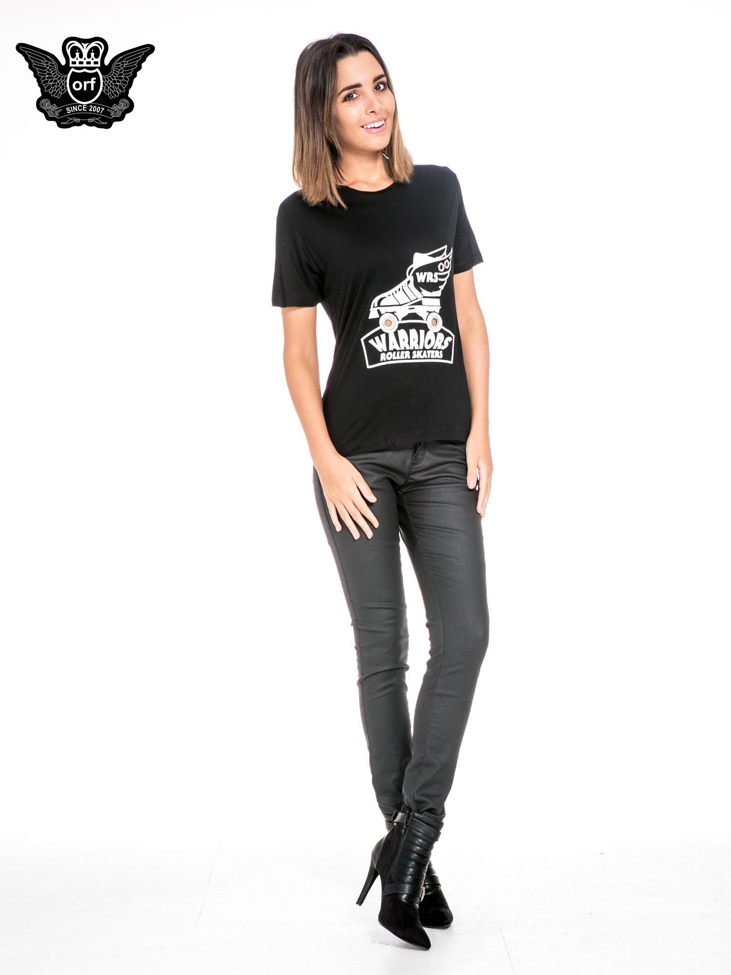 Czarny t-shirt z napisem WARRIORS ROLLER SKATERS                                  zdj.                                  2