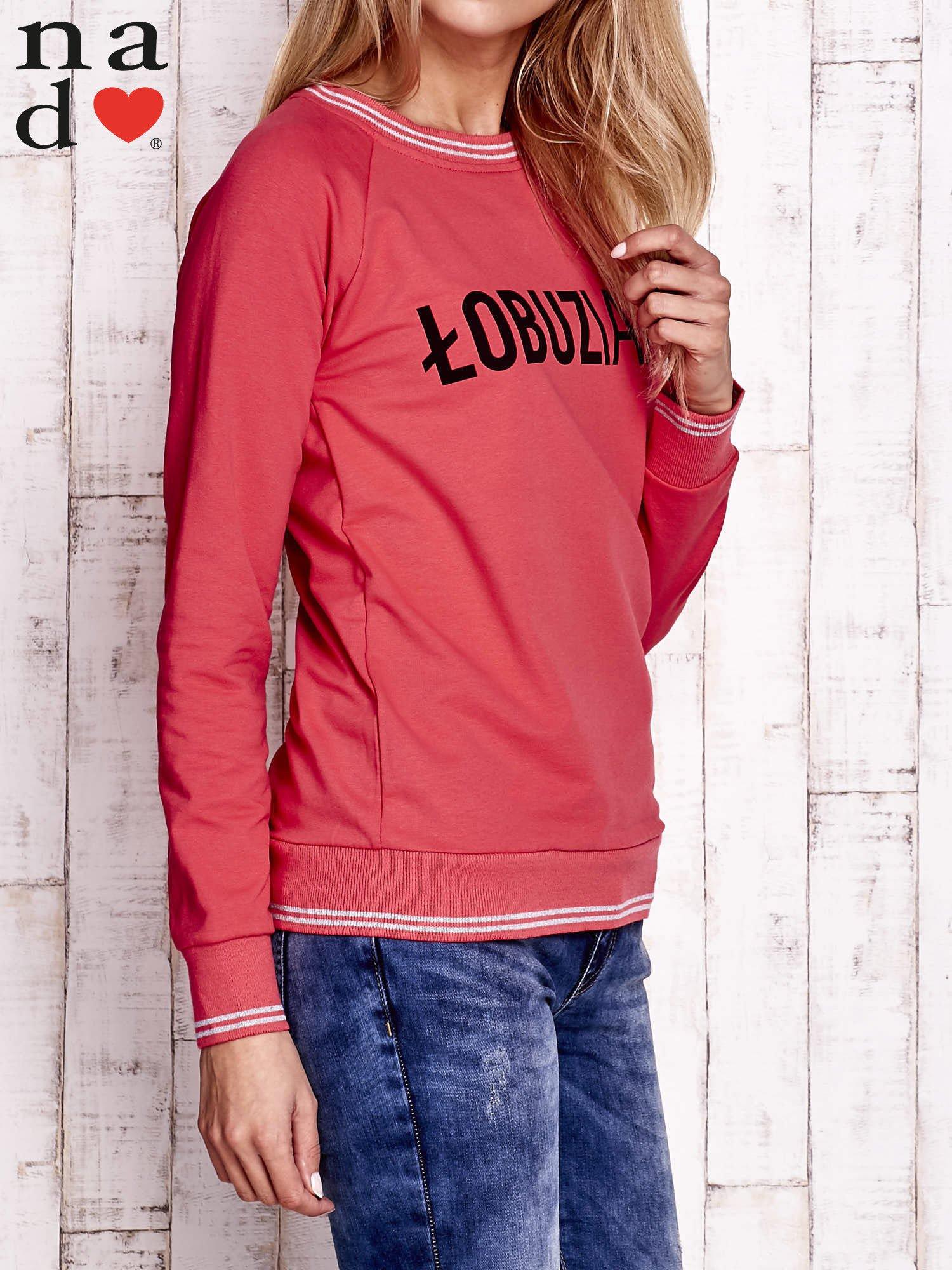 Czerwona bluza z napisem ŁOBUZIARA                                  zdj.                                  3