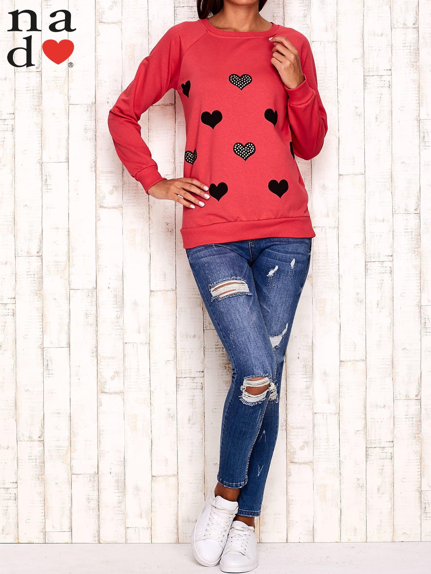 Czerwona bluza z serduszkami                                  zdj.                                  2