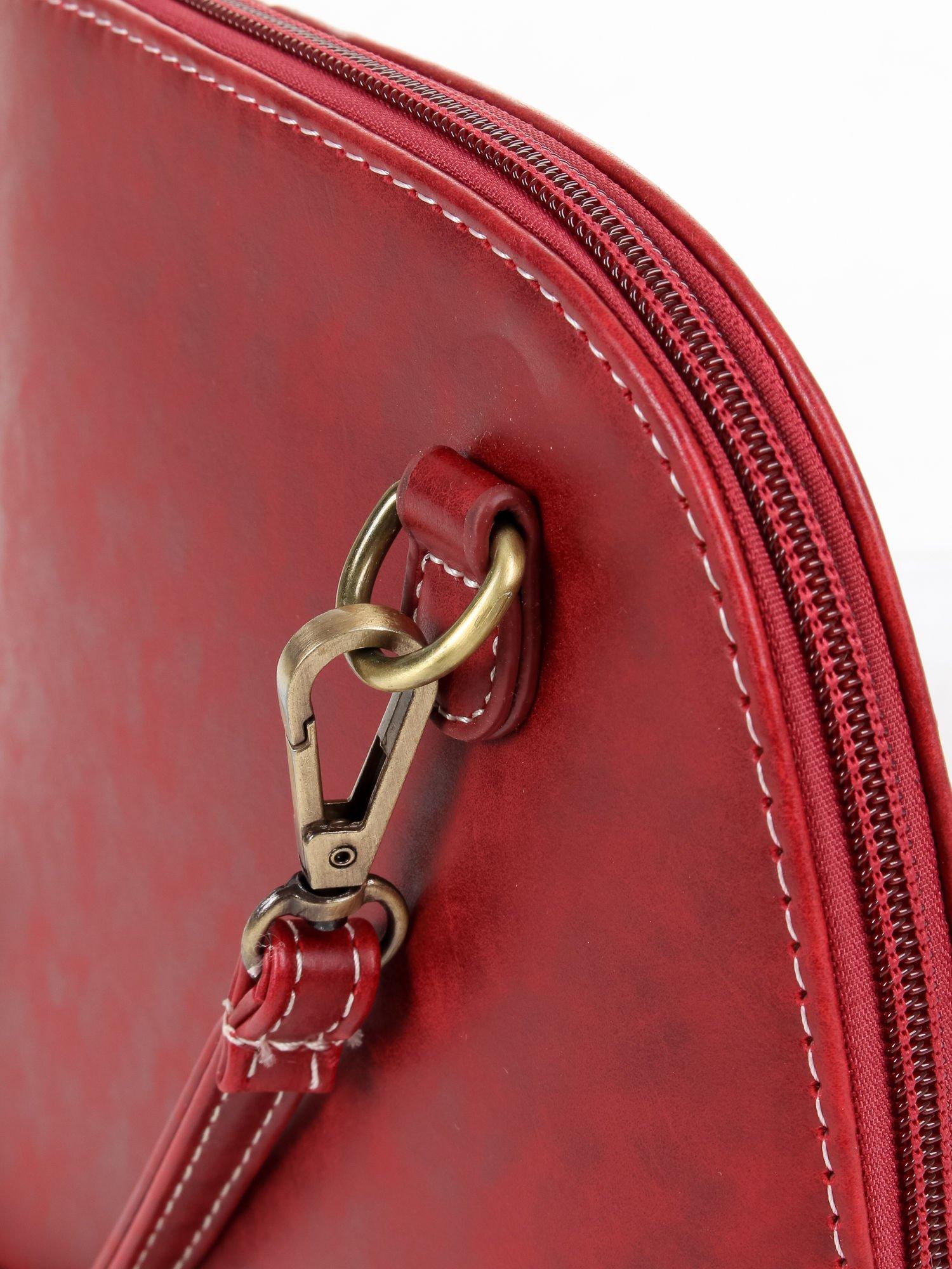 Czerwona elegancka listonoszka z odpinanaym paskiem                                  zdj.                                  4