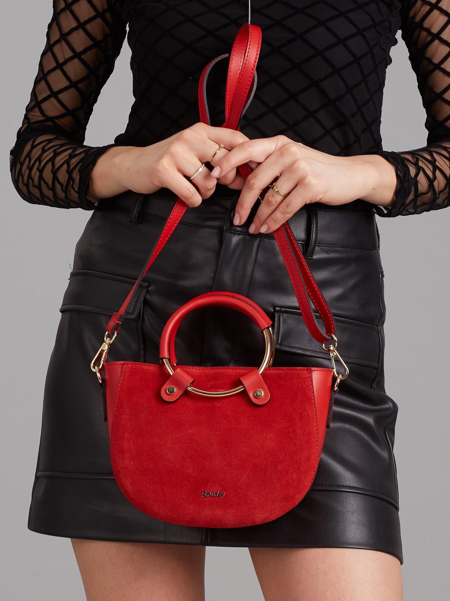 4ef23ad1b7d58 Czerwona mała torebka skórzana z okrągłym uchwytem - Akcesoria torba ...