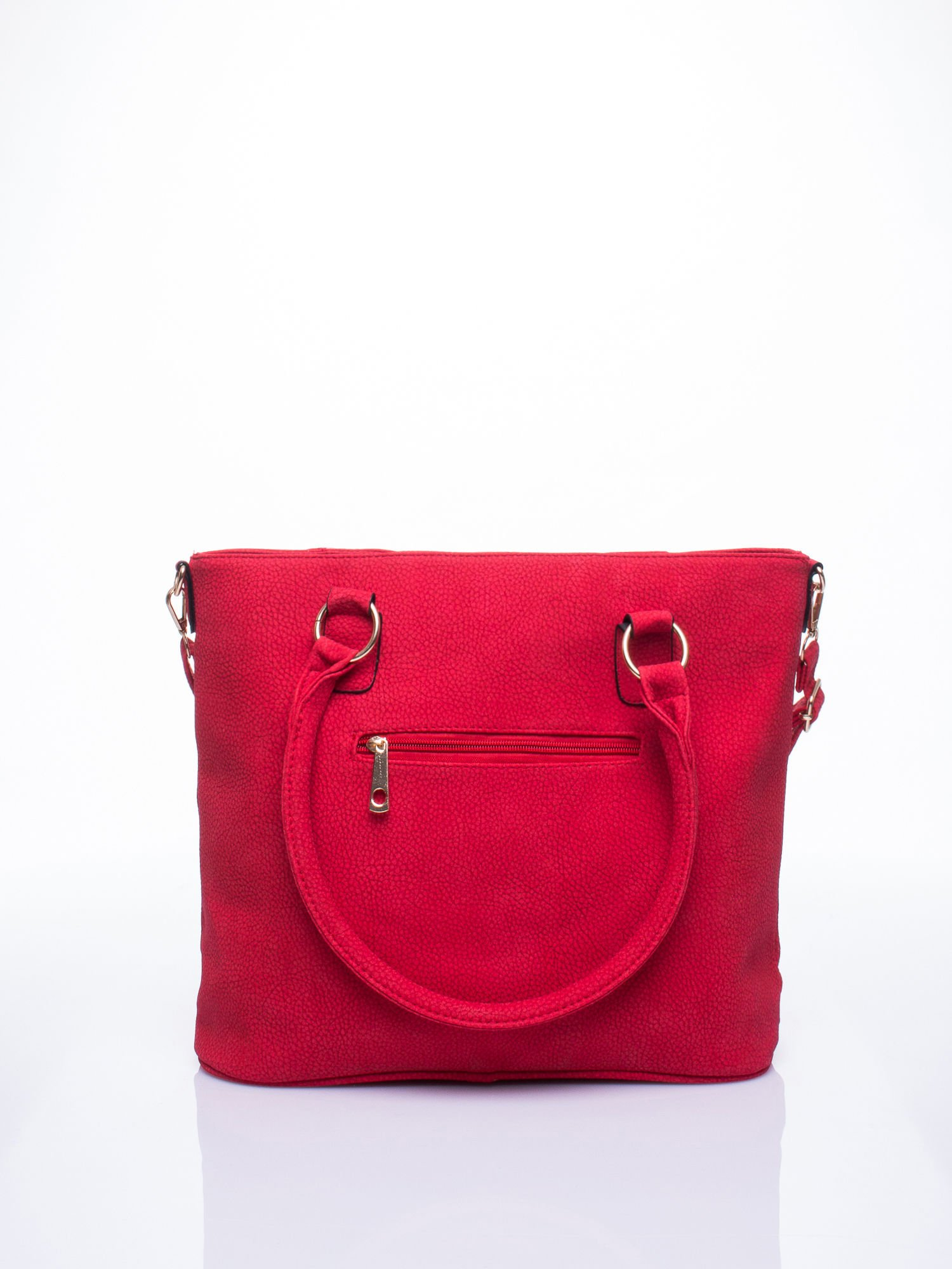 Czerwona miejska torba z ozdobnymi klamrami                                  zdj.                                  3