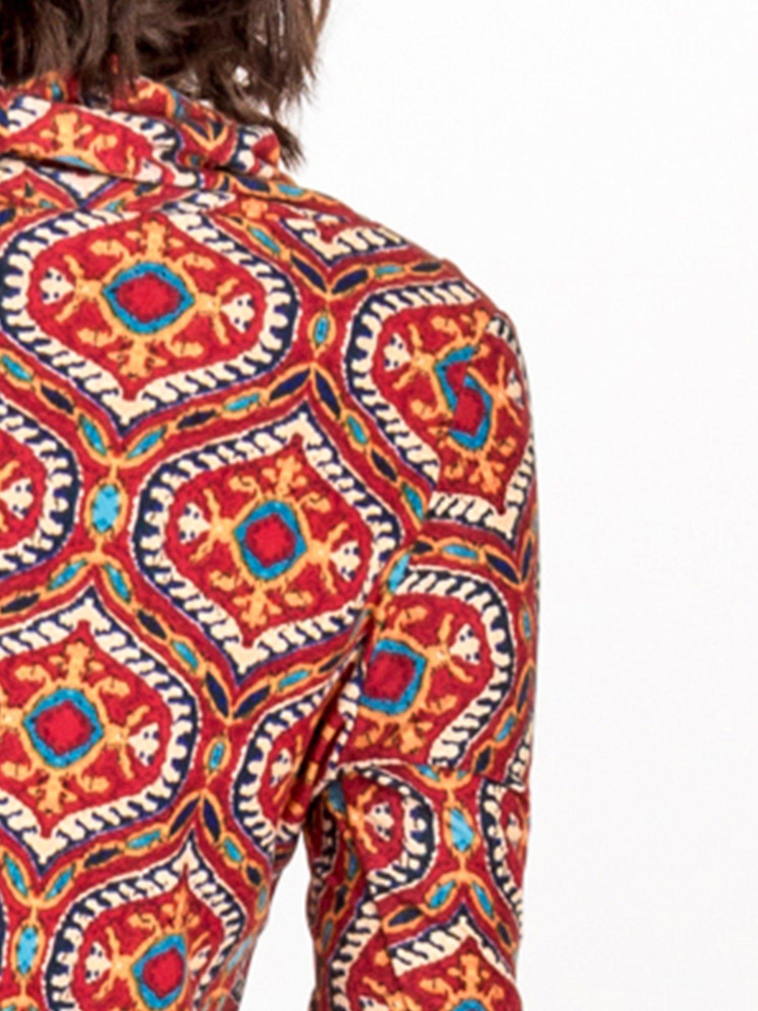 Czerwona sukienka etno z łączonych materiałów                                  zdj.                                  5