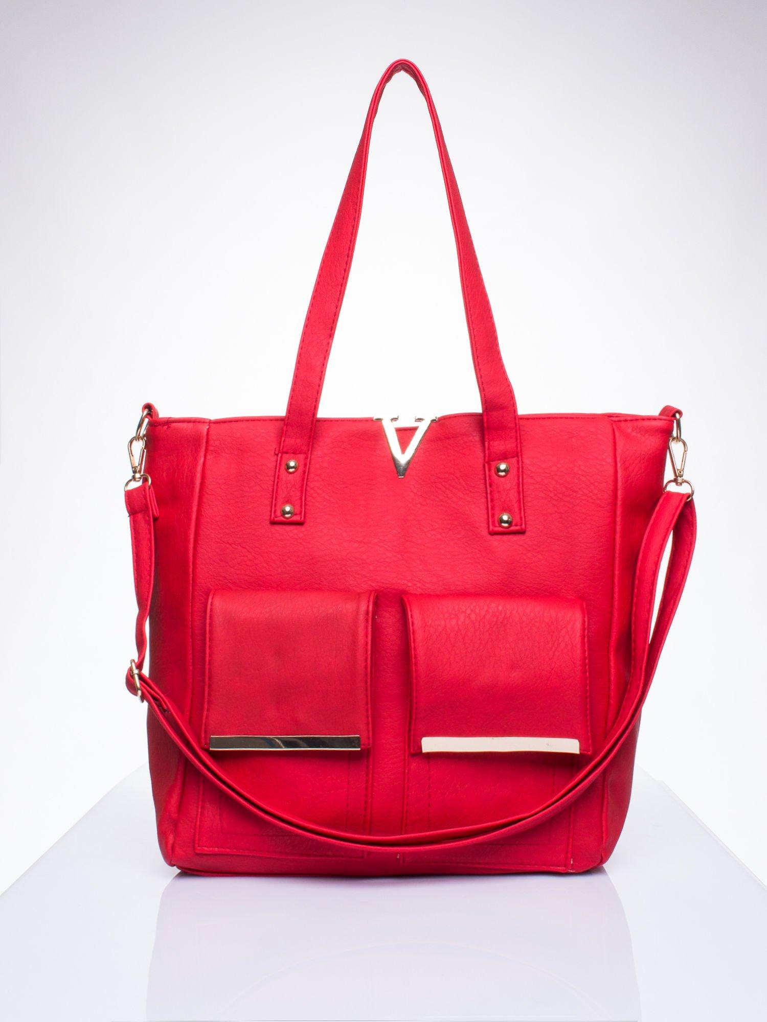 Czerwona torba shopper bag ze kieszeniami na klapki                                  zdj.                                  1
