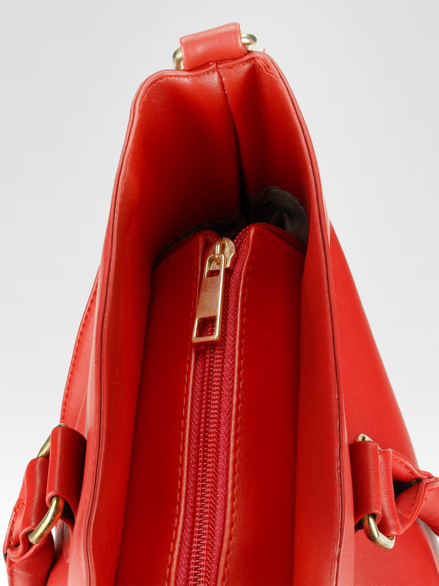 Czerwona torebka city bag z zatrzaskiem                                  zdj.                                  10