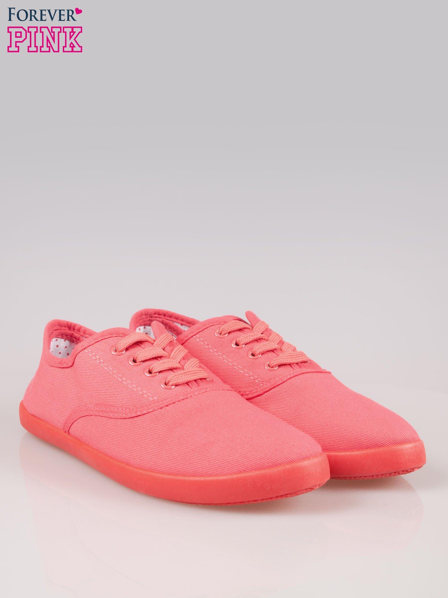Czerwone klasyczne tenisówki damskie                                  zdj.                                  2