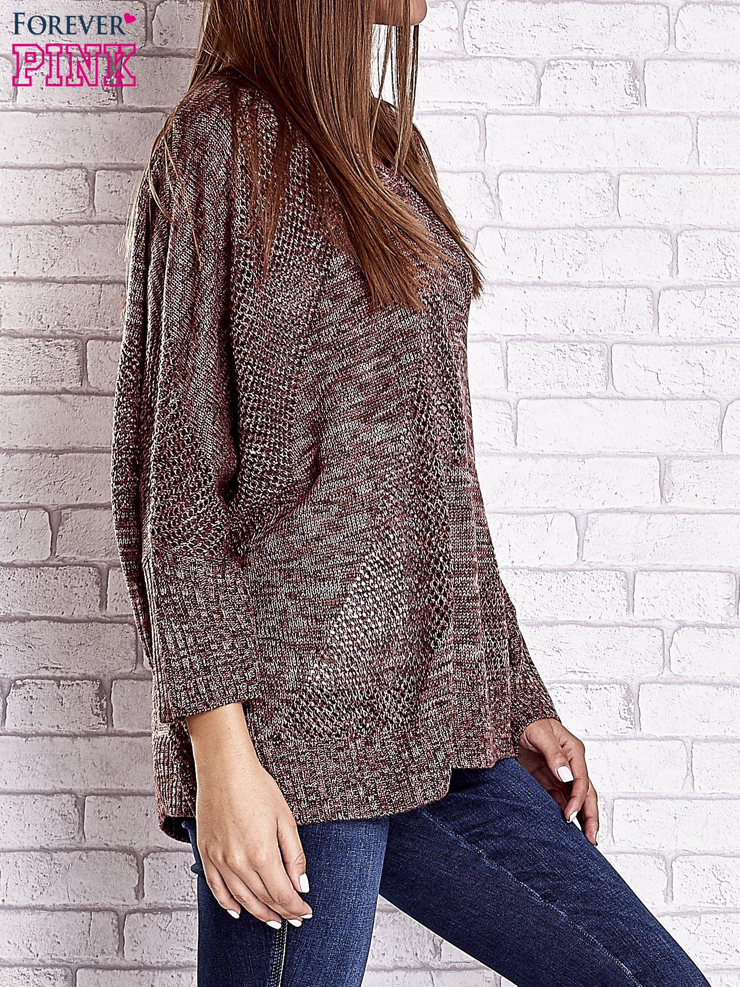 Czerwony melanżowy sweter oversize o kroju nietoperz                                  zdj.                                  4