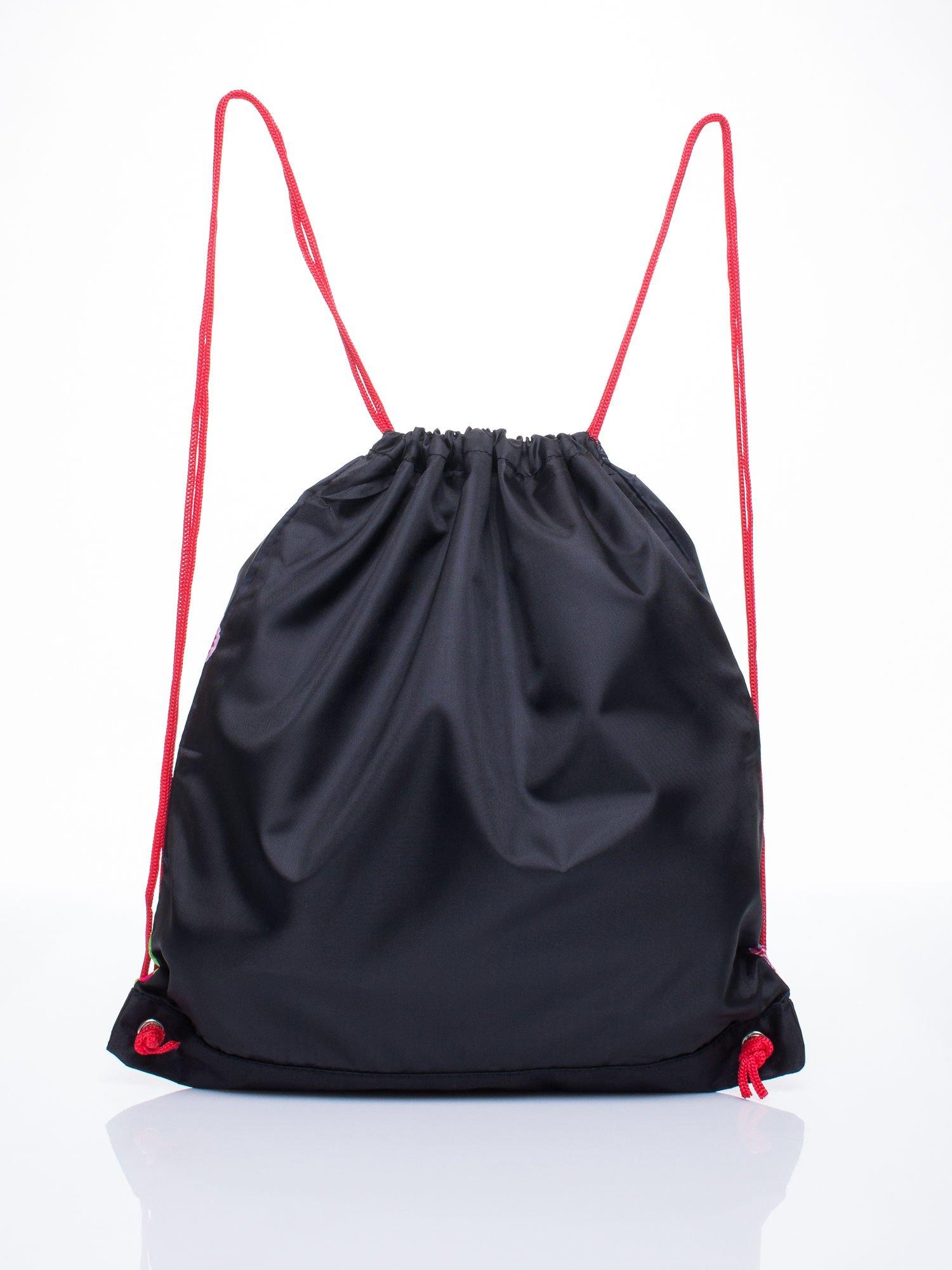 Czerwony plecak worek DISNEY z dziewczyną                                  zdj.                                  2