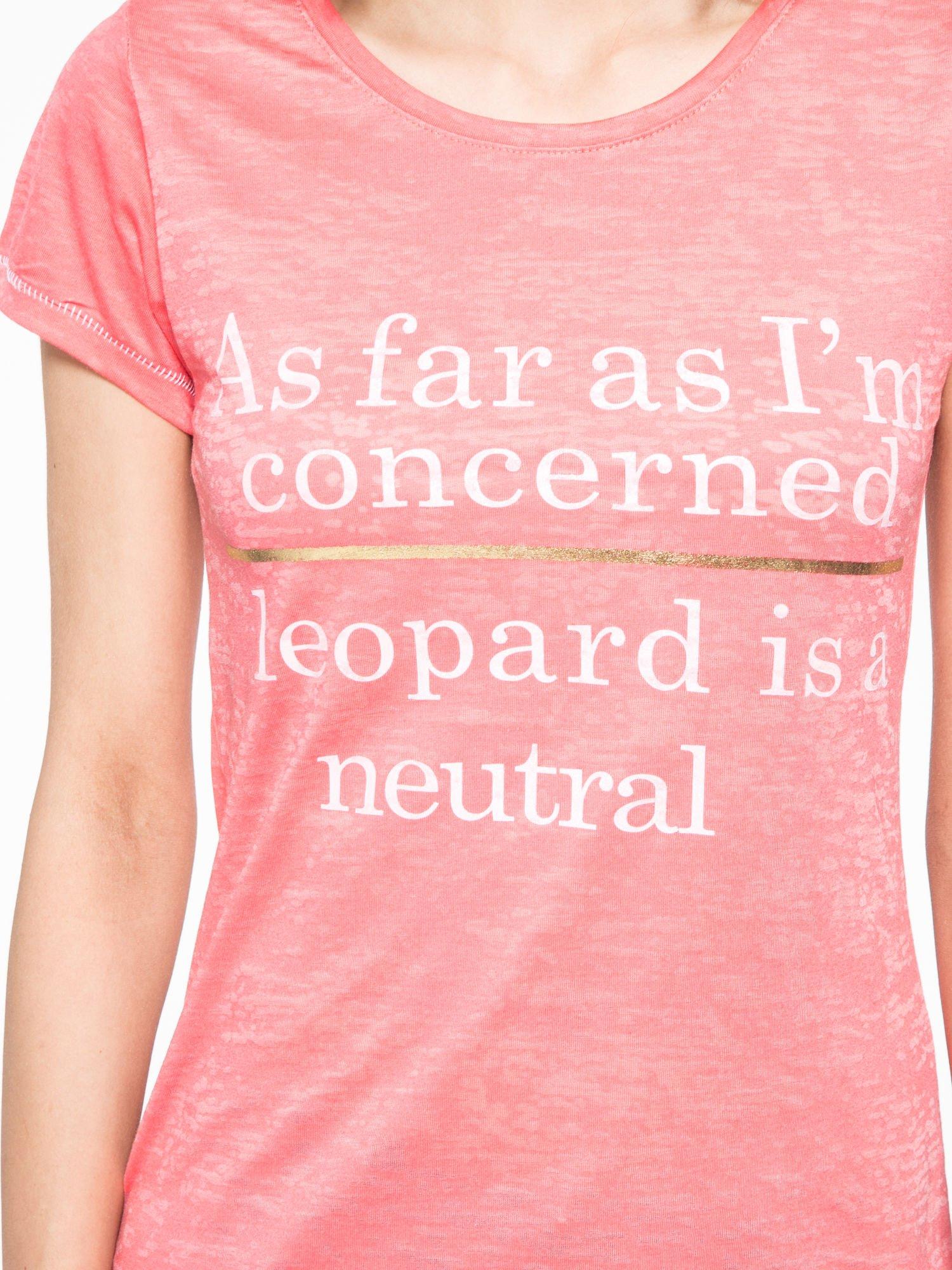 Czerwony półtransparentny t-shirt z napisem                                  zdj.                                  6