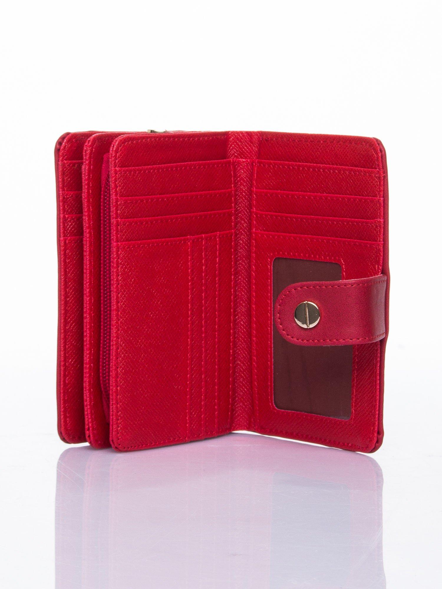 Czerwony portfel z zatrzaskiem                                  zdj.                                  4