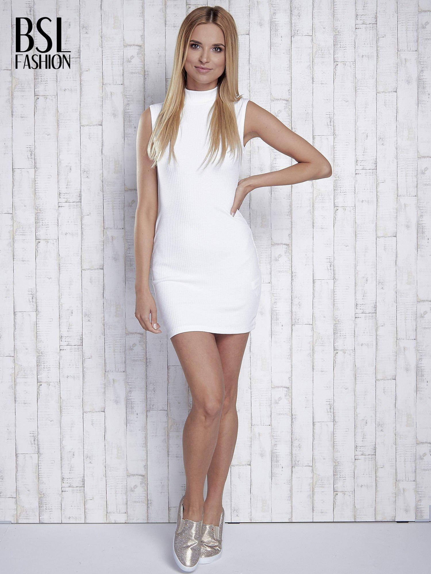 Ecru dopasowana sukienka z golfem                                  zdj.                                  9