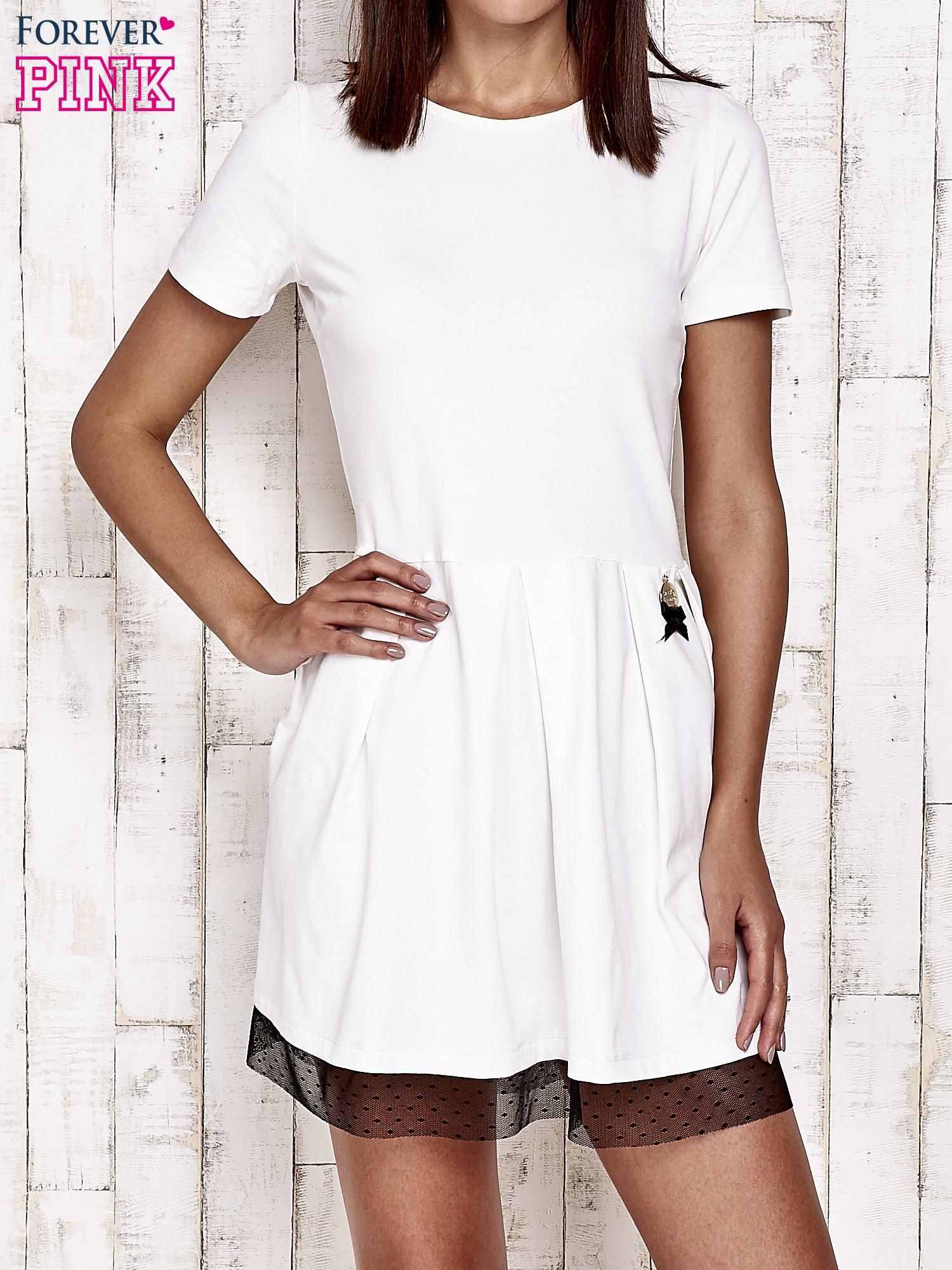 Ecru sukienka dresowa z tiulem w groszki                                  zdj.                                  1