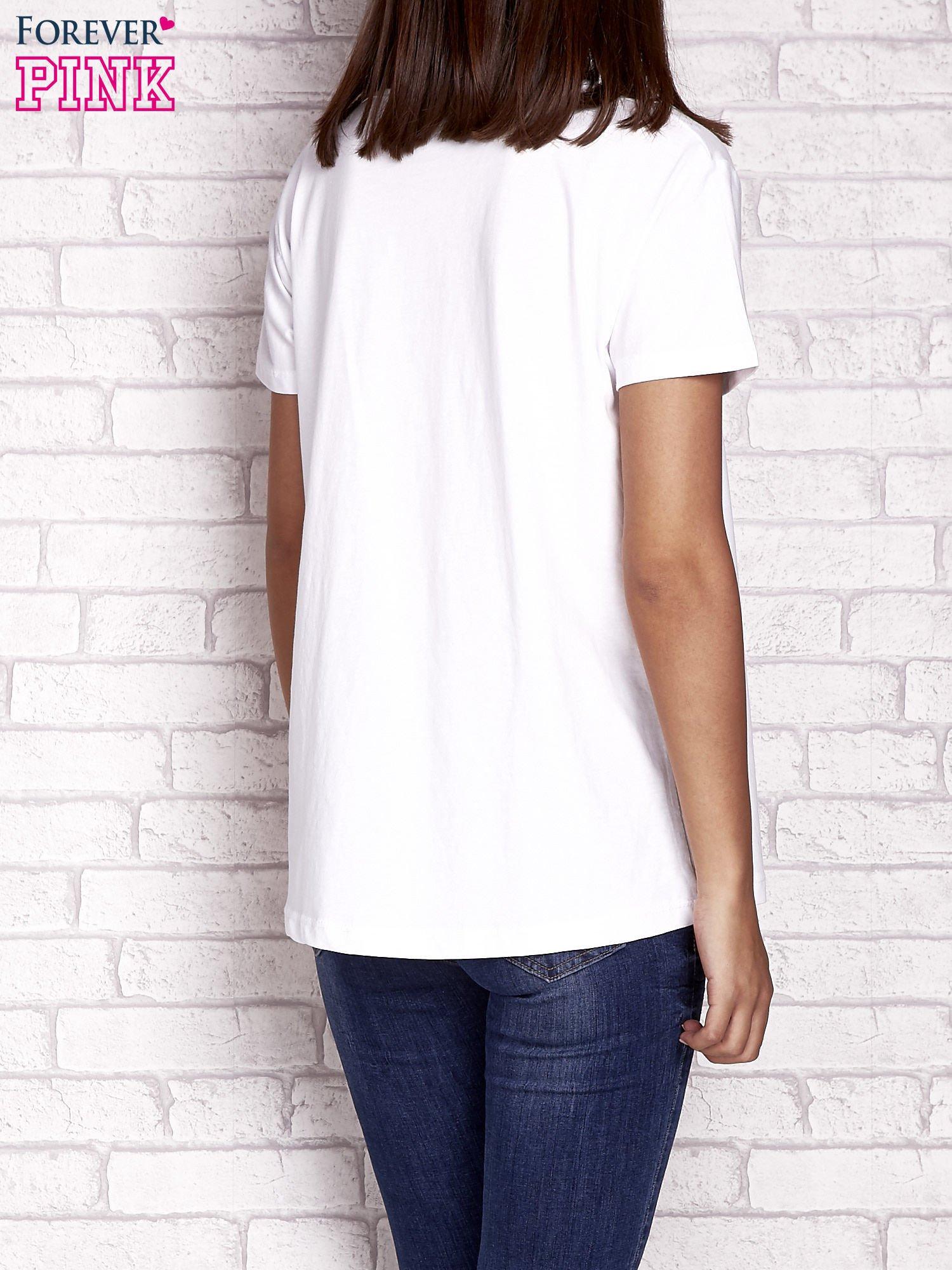 Ecru t-shirt z napisem MORE HUGS                                  zdj.                                  4