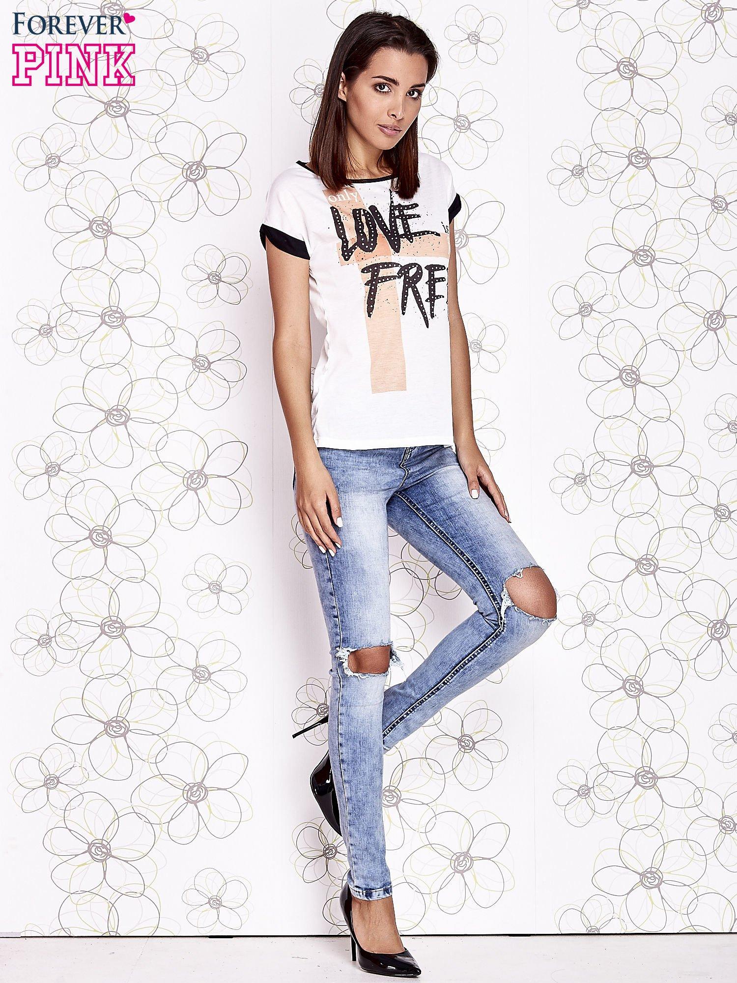 Ecru t-shirt z napisem ONLY LOVE IS FOR FREE                                  zdj.                                  4