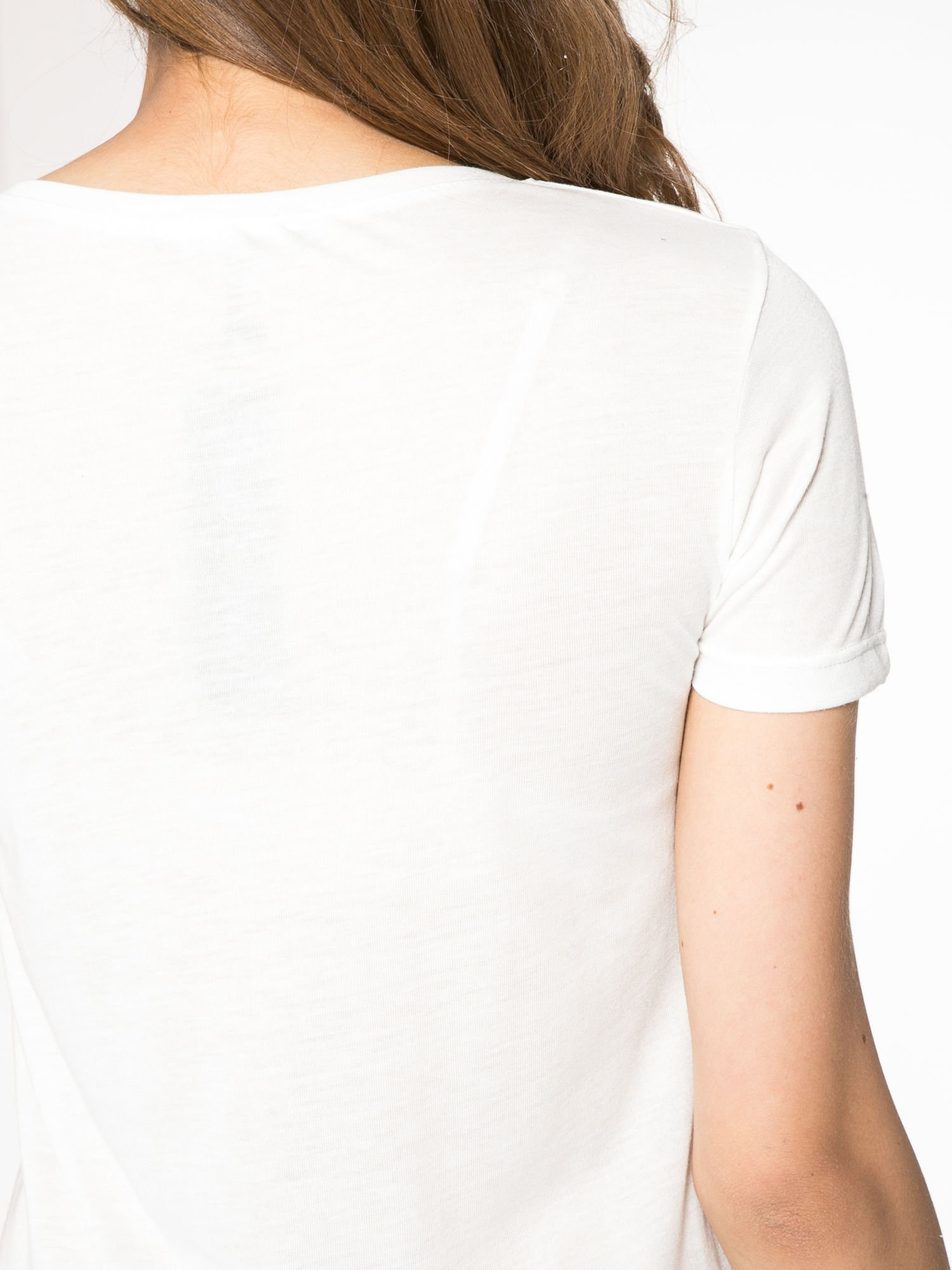 Ecru t-shirt z napisem THE FREAK IS CHIC                                  zdj.                                  8