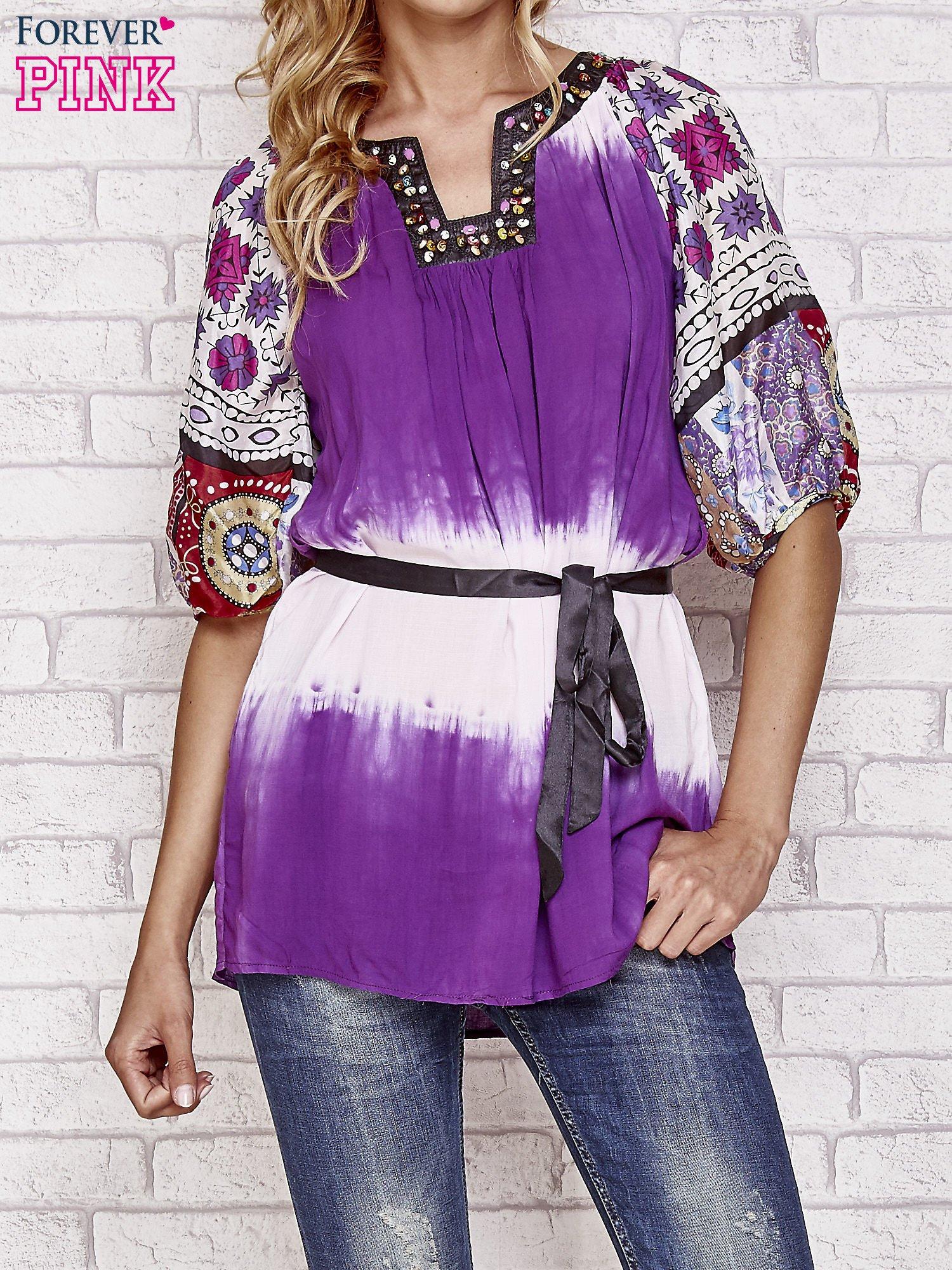 Fioletowa koszula wiązana w pasie z ozdobnymi kamieniami                                  zdj.                                  1