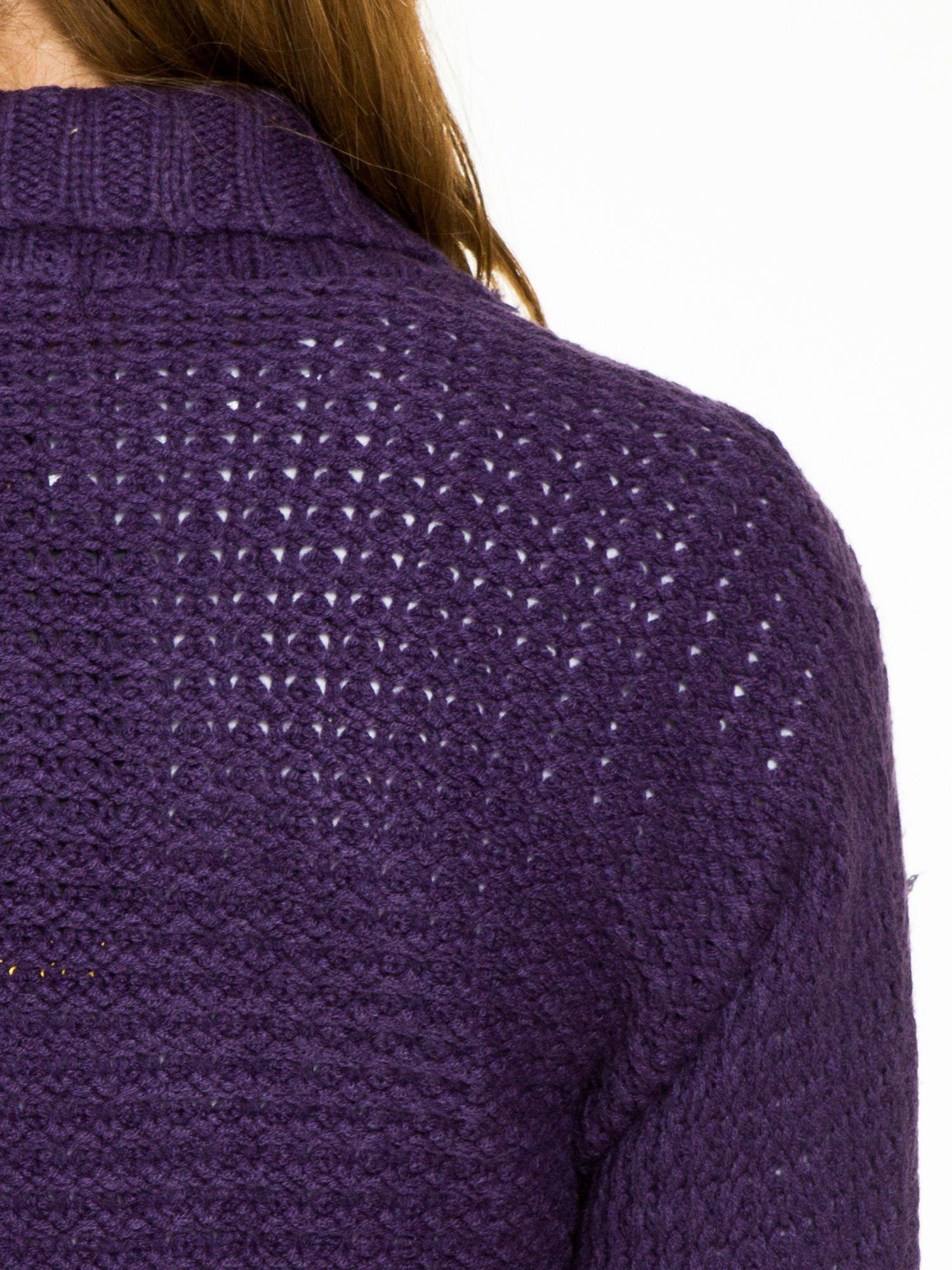 Fioletowy sweter narzutka z rękawem 3/4                                  zdj.                                  8