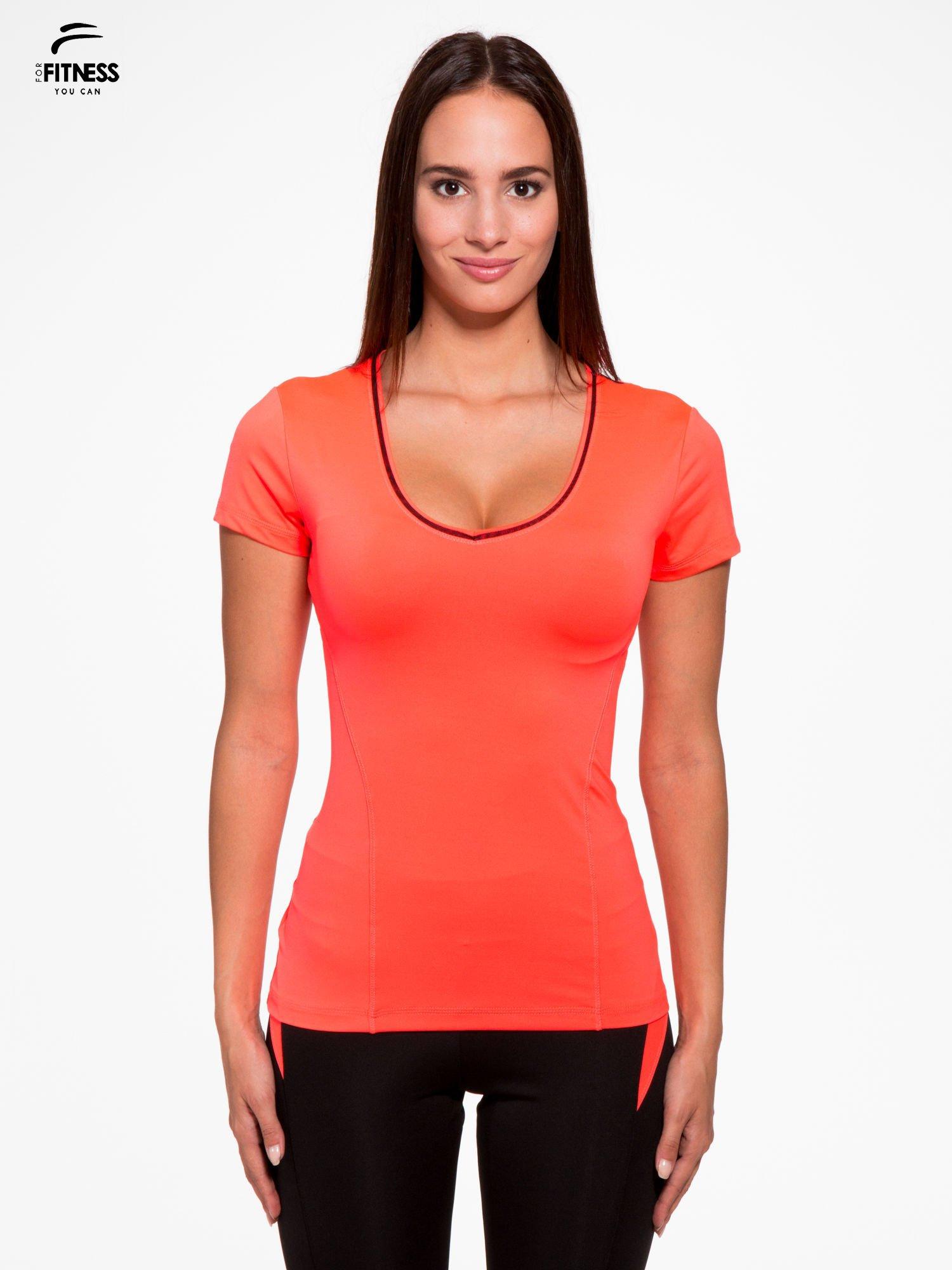 Fluoróżowy termoaktywny t-shirt sportowy z siateczką przy dekolcie i z tyłu ♦ Performance RUN                                  zdj.                                  1