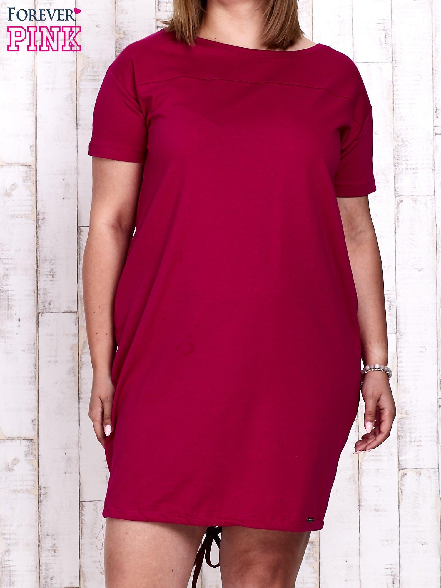Fuksjowa sukienka dresowa ze ściągaczem na dole                                  zdj.                                  1