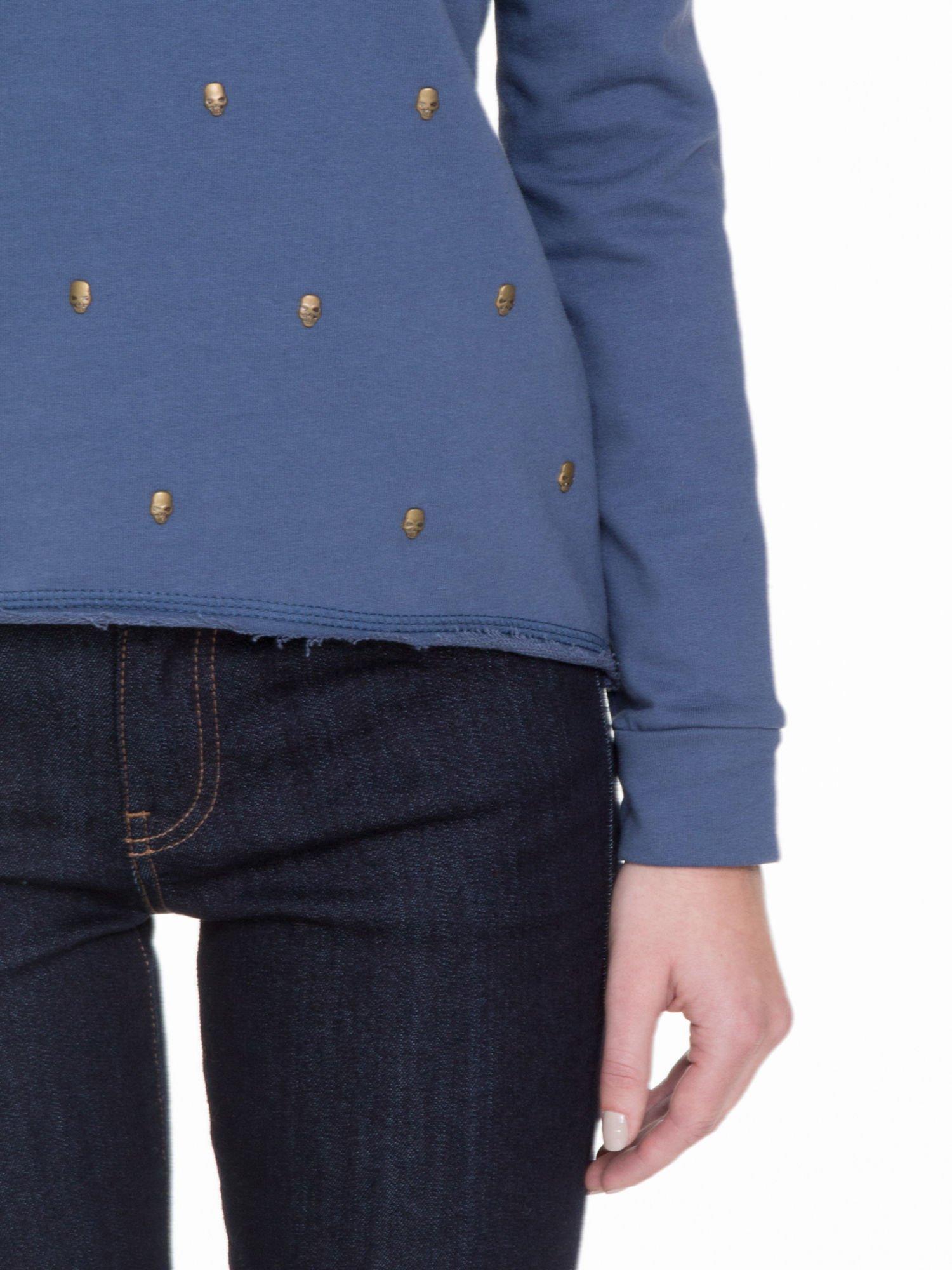 Granatowa bluza z dżetami czaszkami                                  zdj.                                  5